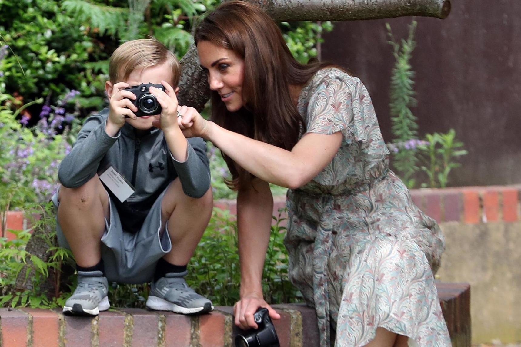 Royal Photographic Society merupakan organisasi fotografi tertua di dunia dan sudah memiliki lebih dari 11 ribu anggota.