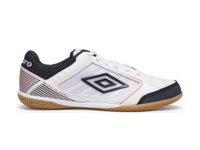umbro indoor soccer boots