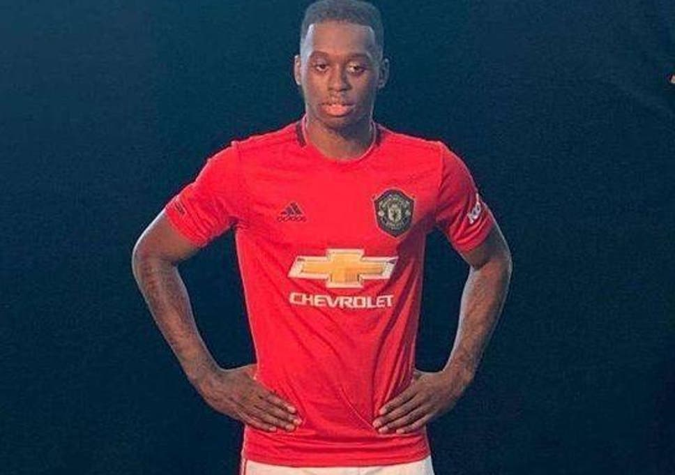 best service a76b8 f998c Manchester United transfer news: Aaron Wan-Bissaka shown ...