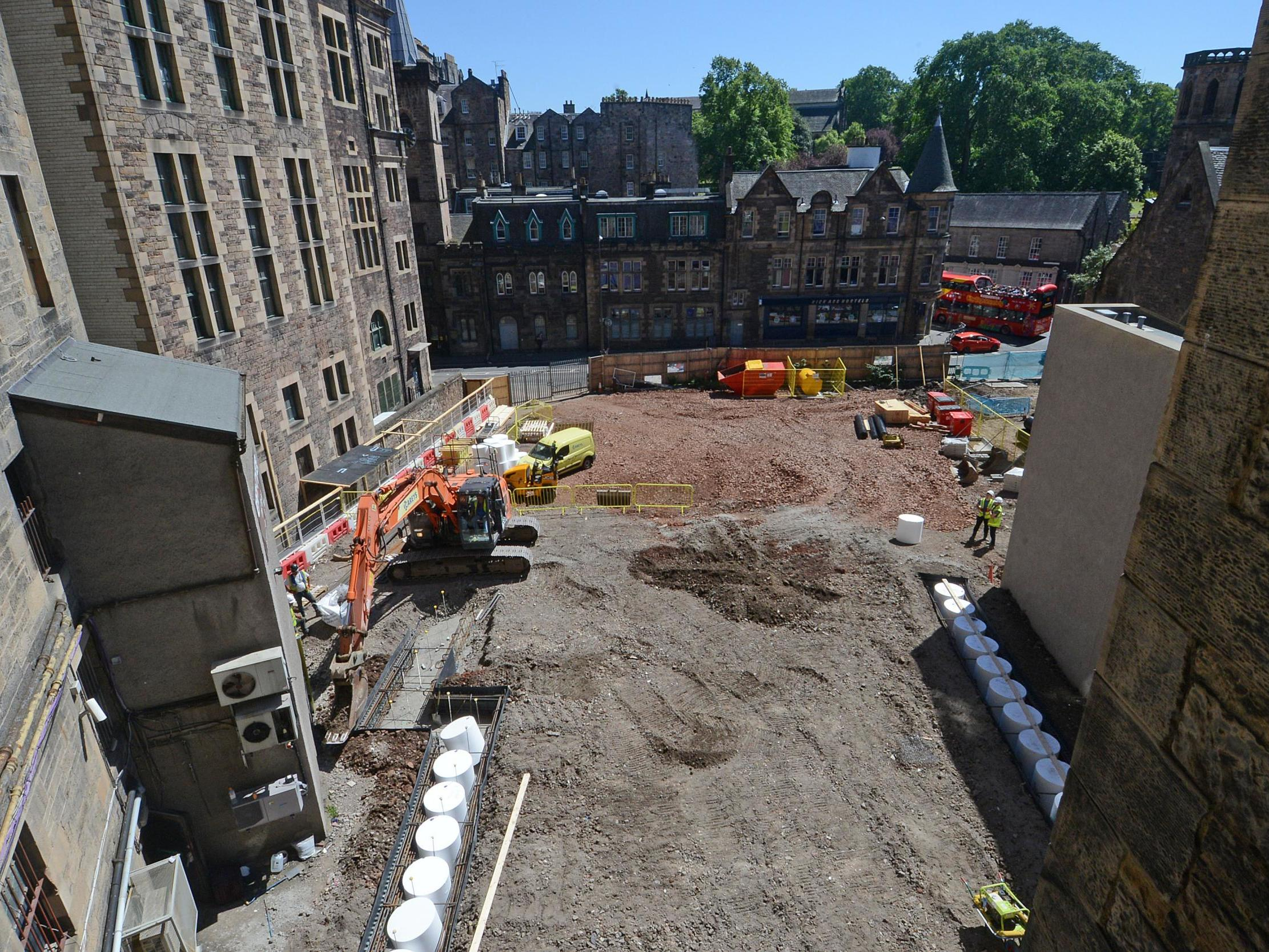 Cannonballs, skulls and jewellery: Archaeologists discover 'Bronze Age relics' in Edinburgh city centre, delaying Richard Branson's new hotel