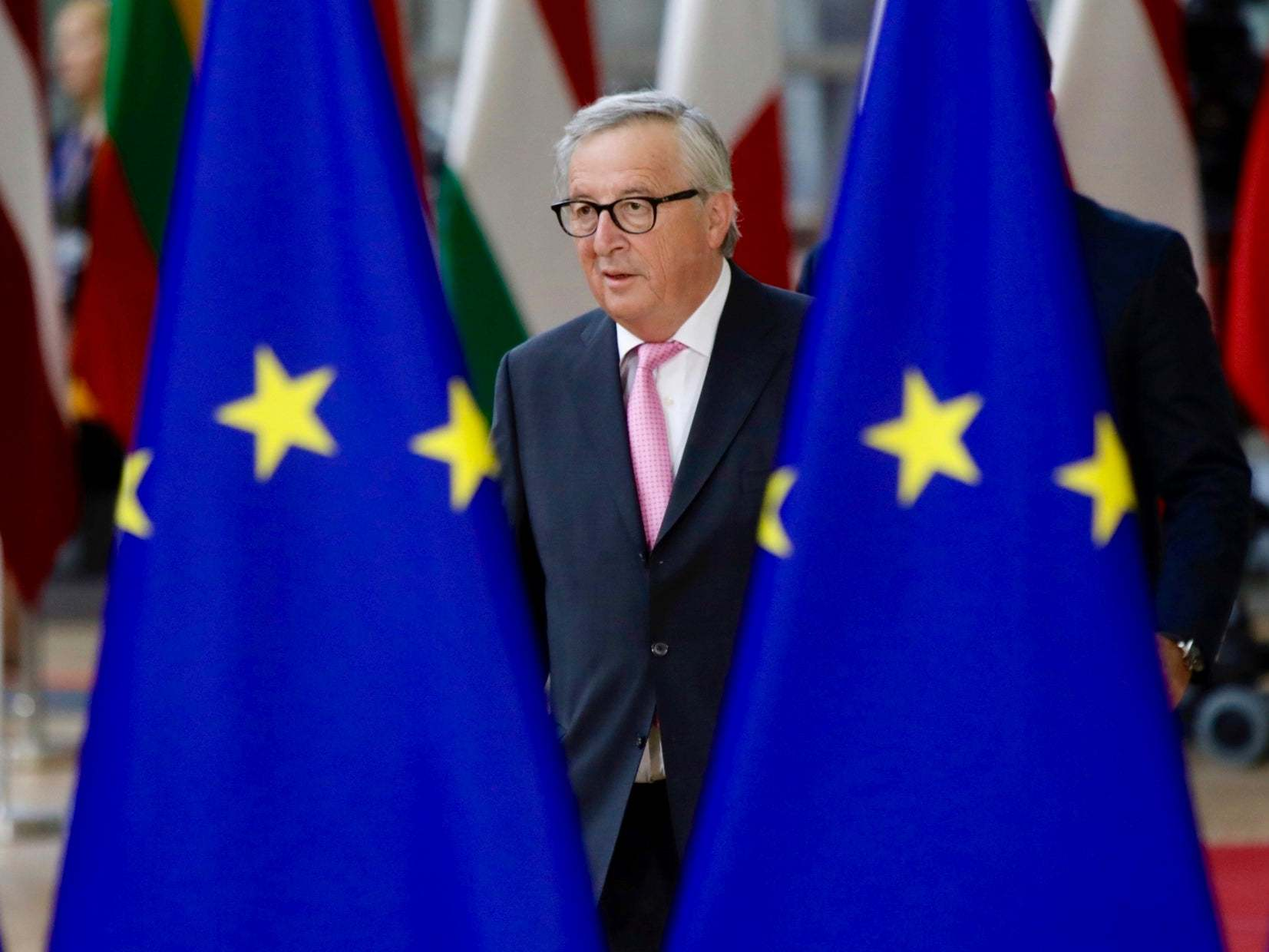 Boris Johnson will 'probably not' ask for Brexit extension, EU president Jean-Claude Juncker says