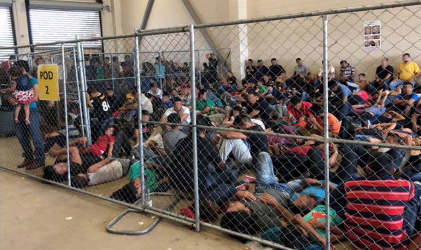 Donald Trump conxcenntration camp for immigrants in the US
