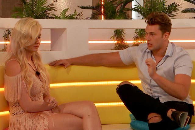 Amy and Curtis have a tense conversation in tonight's 'Love Island'