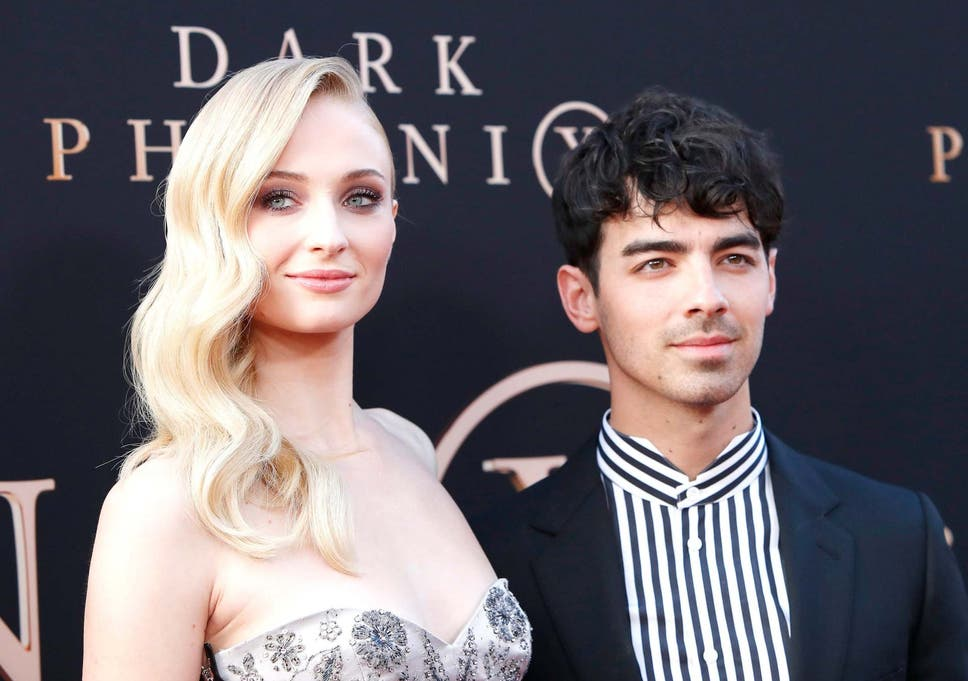 Sophie Turner Wedding.Sophie Turner Wedding Game Of Thrones Star Marries Joe Jonas In France