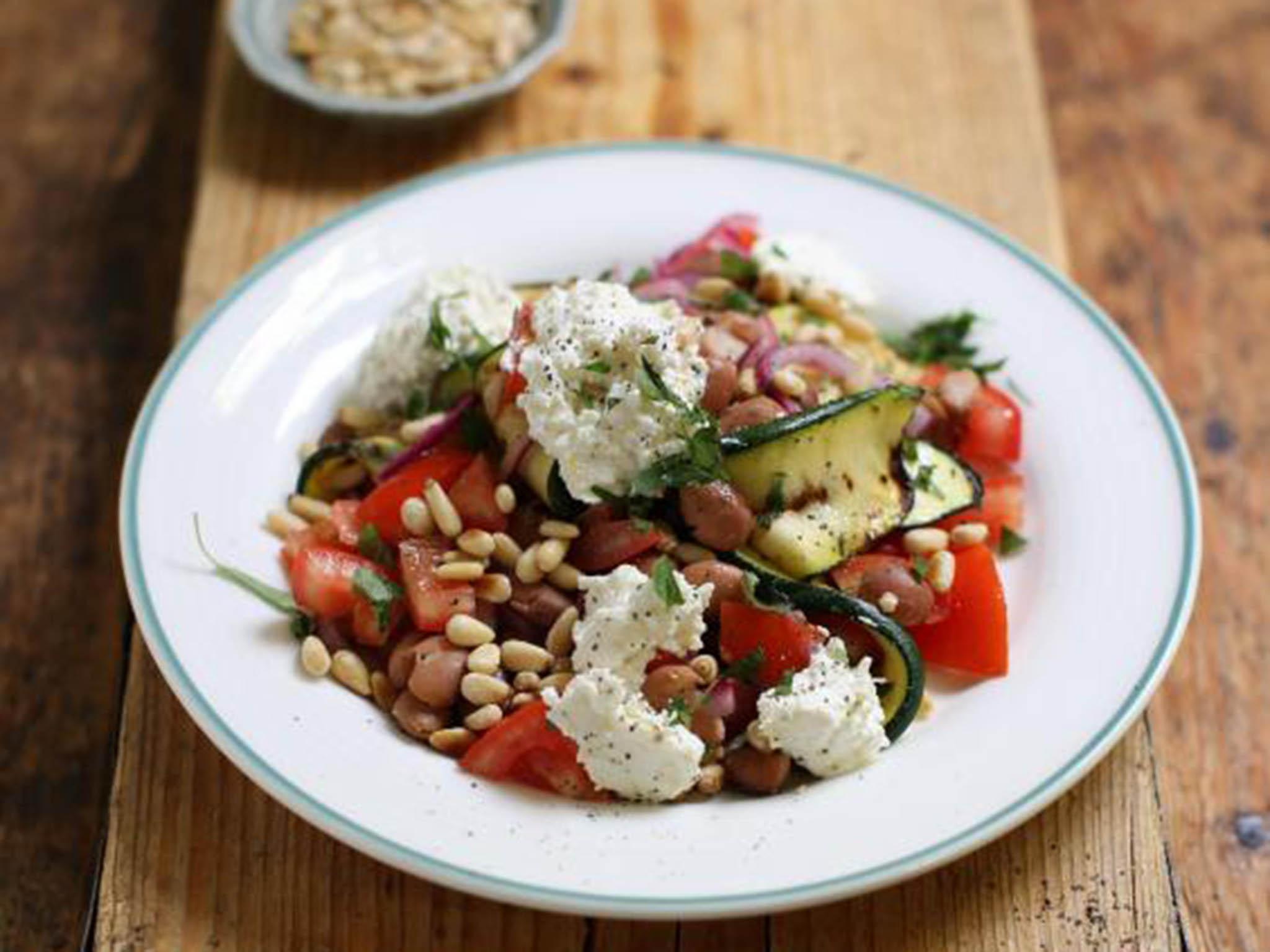 How to make courgette, borlotti bean and ricotta salad 1