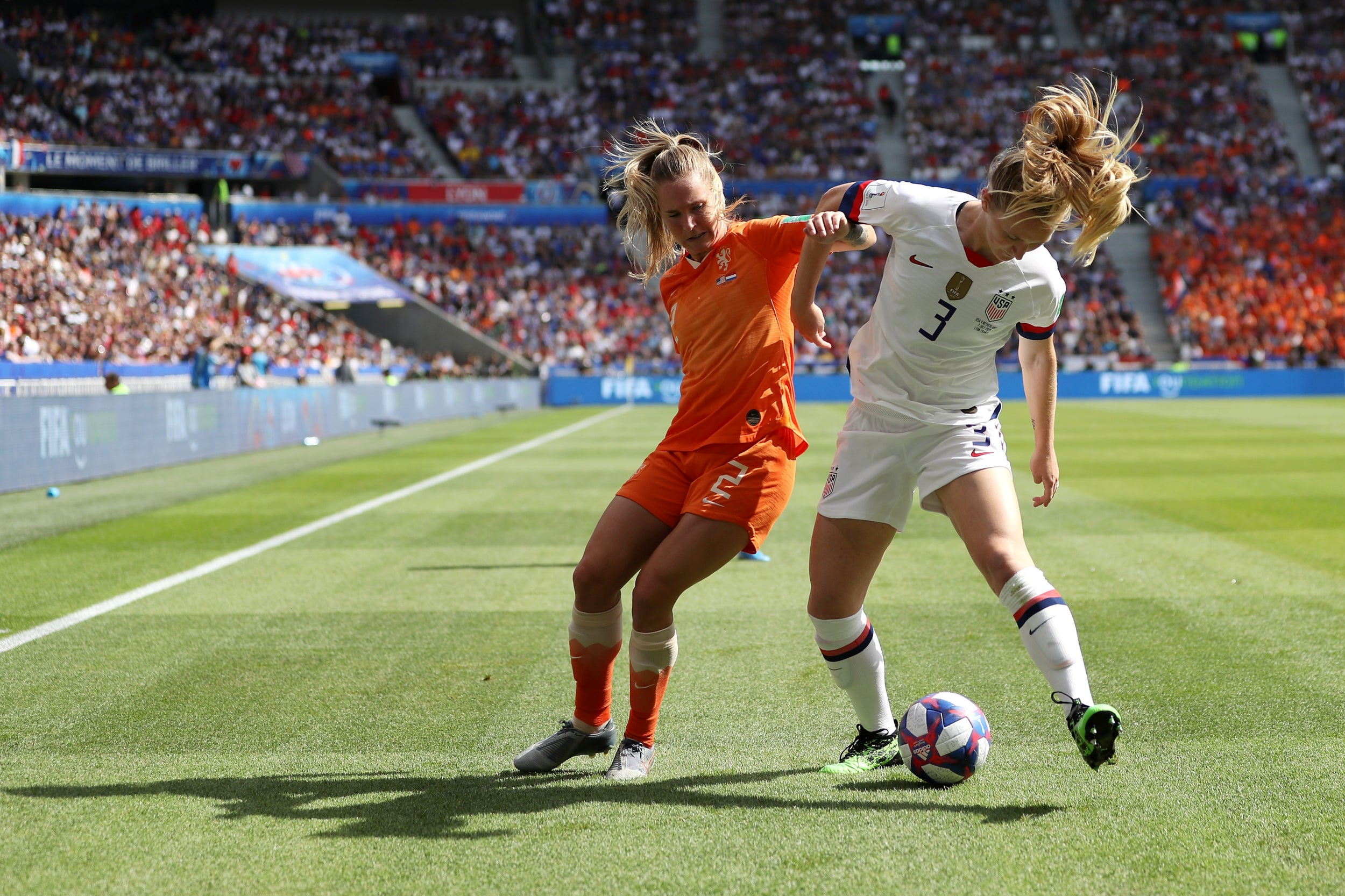 Trump appears to revoke invite to White House for US women's team