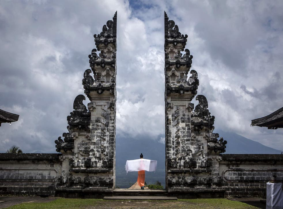 There is no water at the temple in Bali (Getty)
