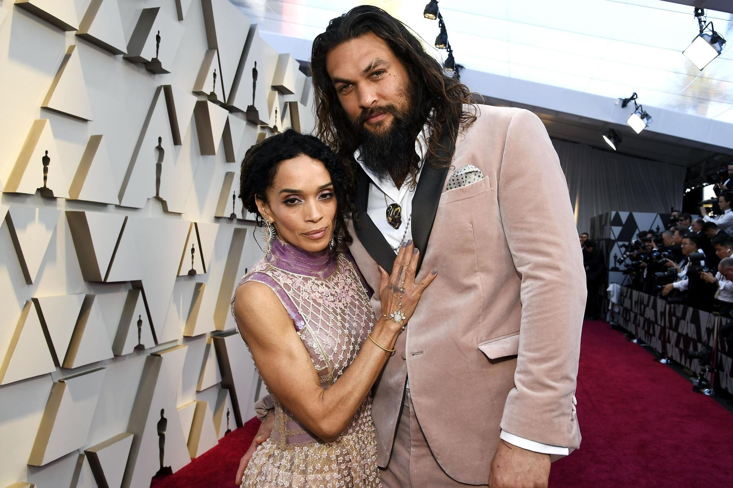 Fans defend Jason Momoa over body shaming comments