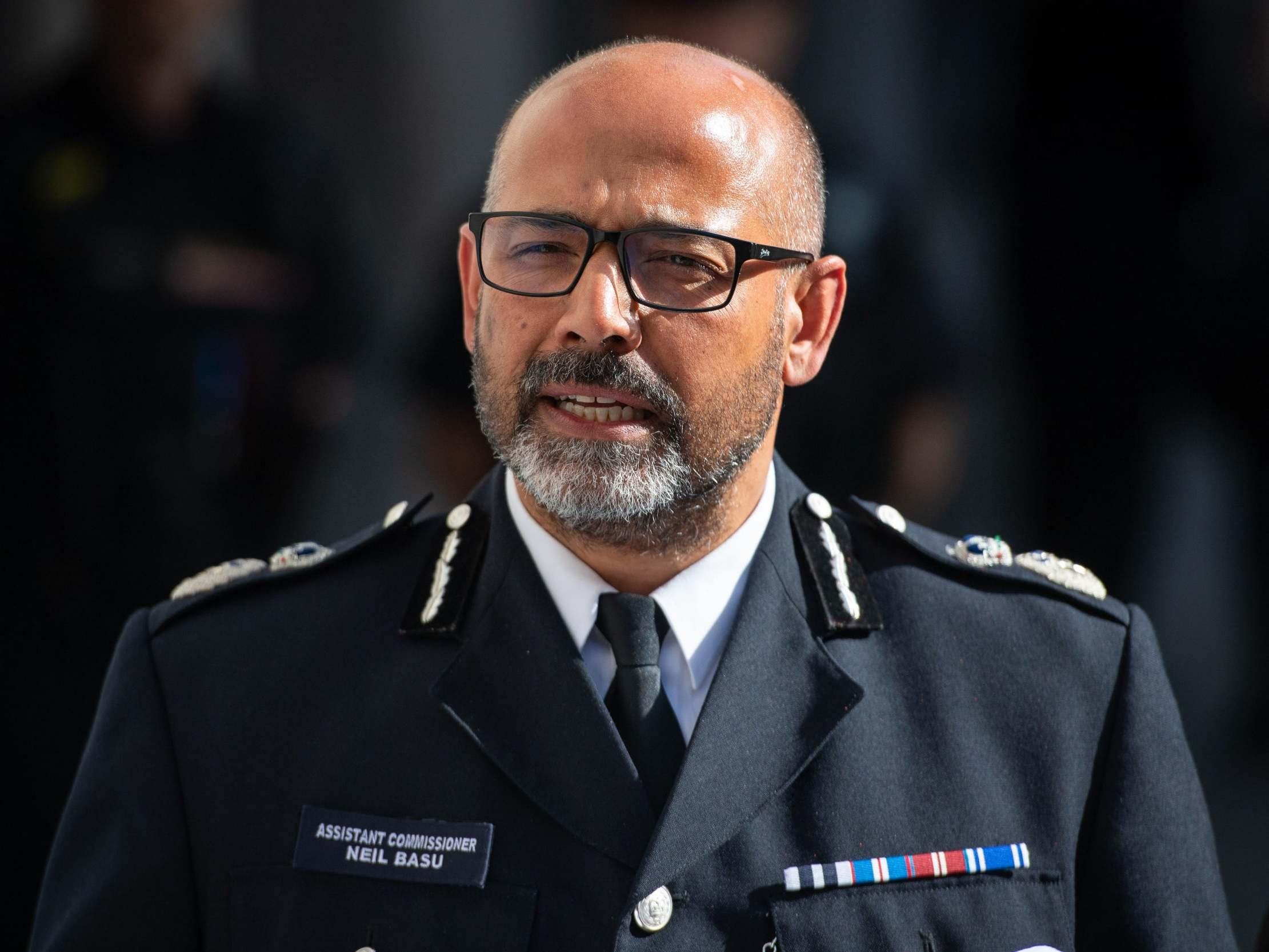Counterterror police chief denies undermining press freedom over Sir Kim Darroch leaks