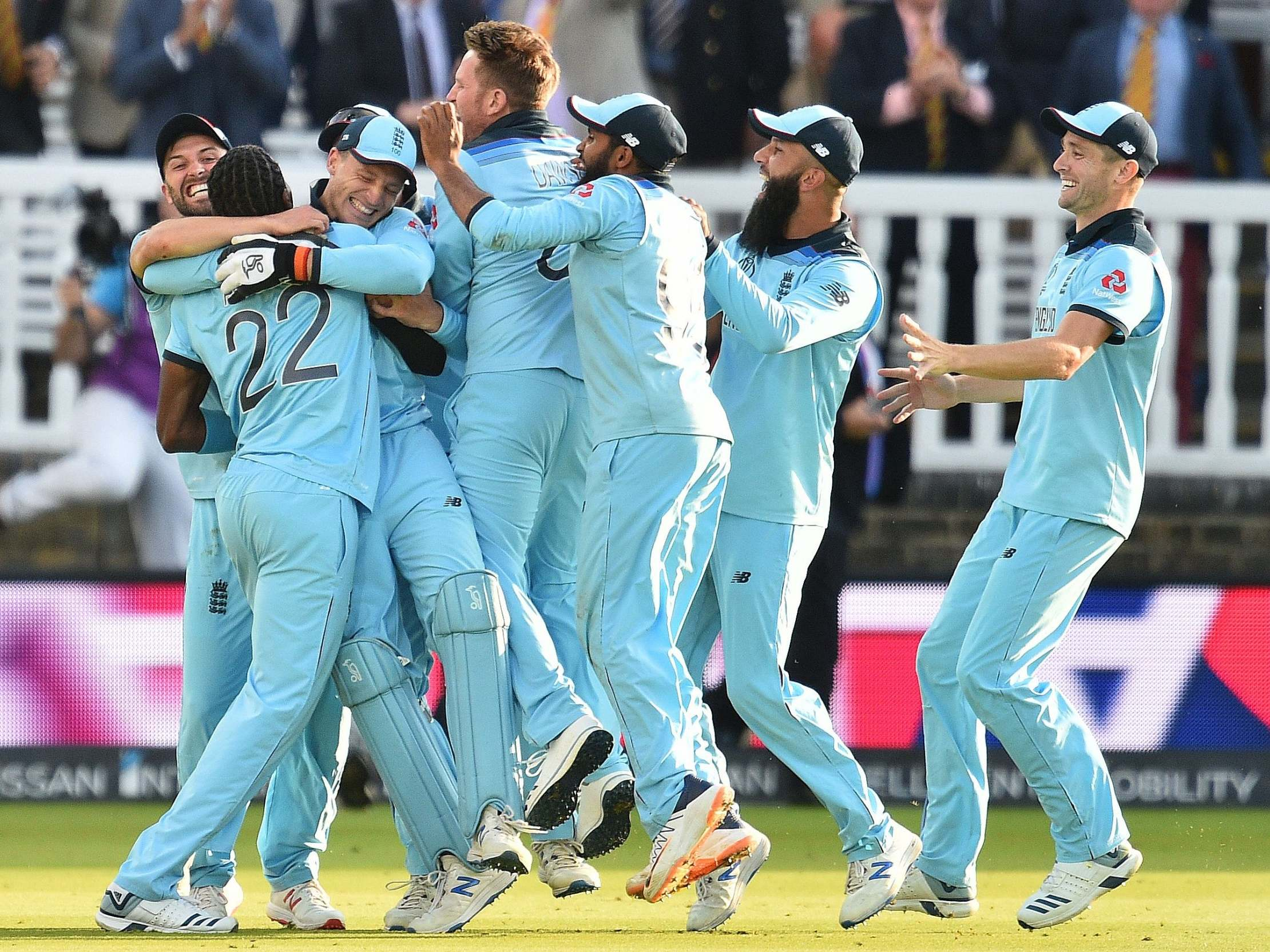Cricket World Cup 2019: England defeat New Zealand after thrilling