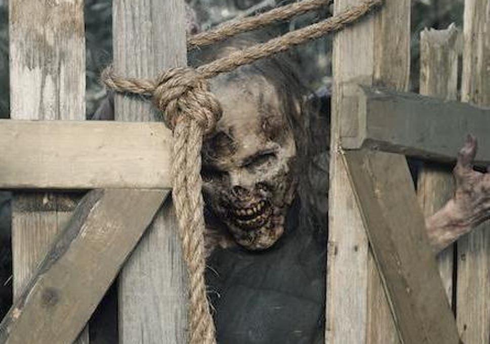 Fear the Walking Dead showrunners break down shocking reveal