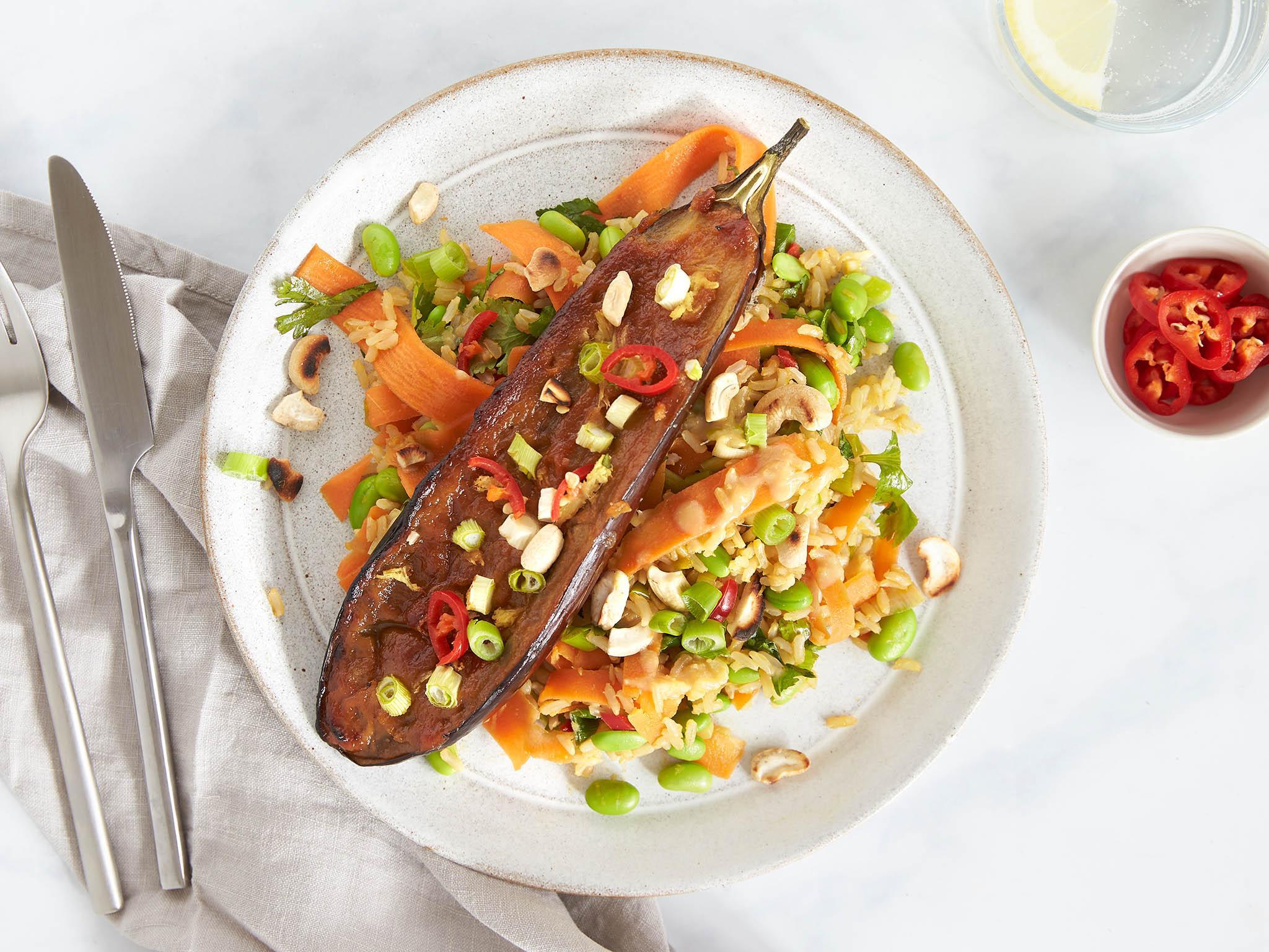 How to make roasted miso aubergine, edamame rice and cashews 1