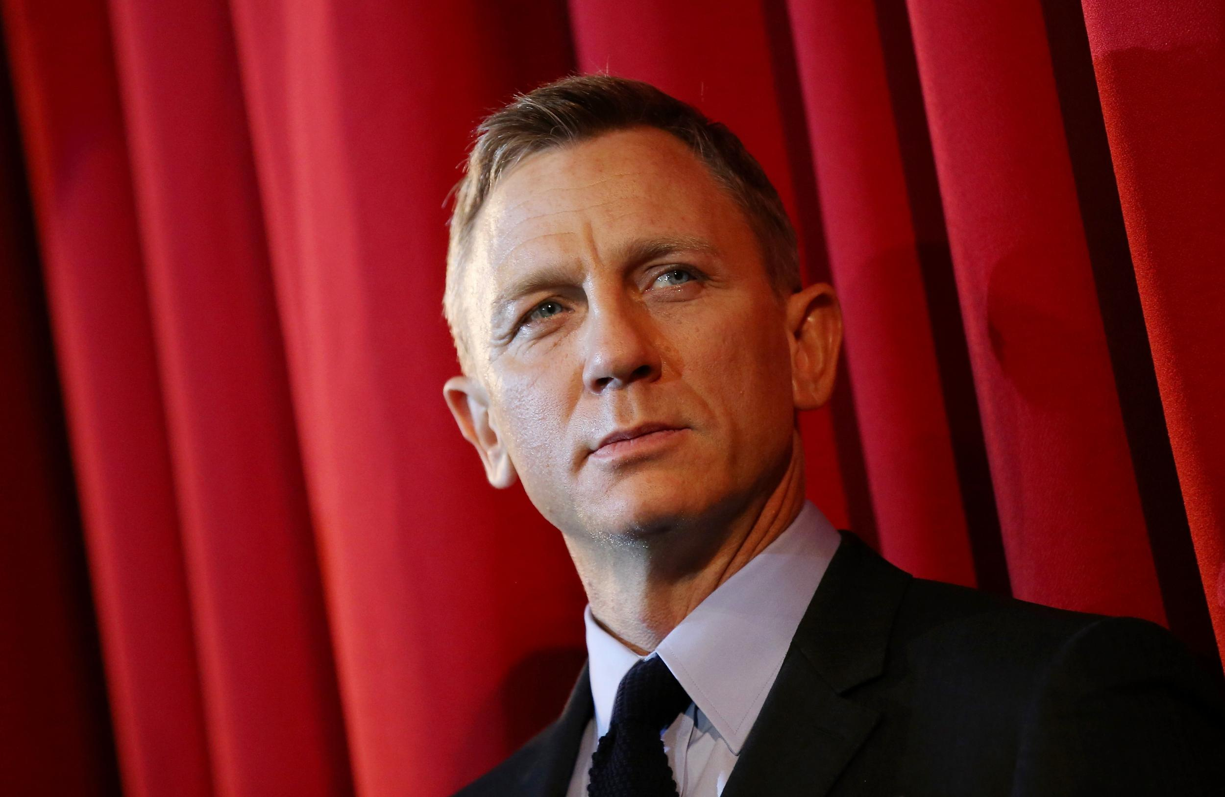 James Bond: Daniel Craig 'really quite drunk' as he makes emotional speech at No Time To Die wrap party