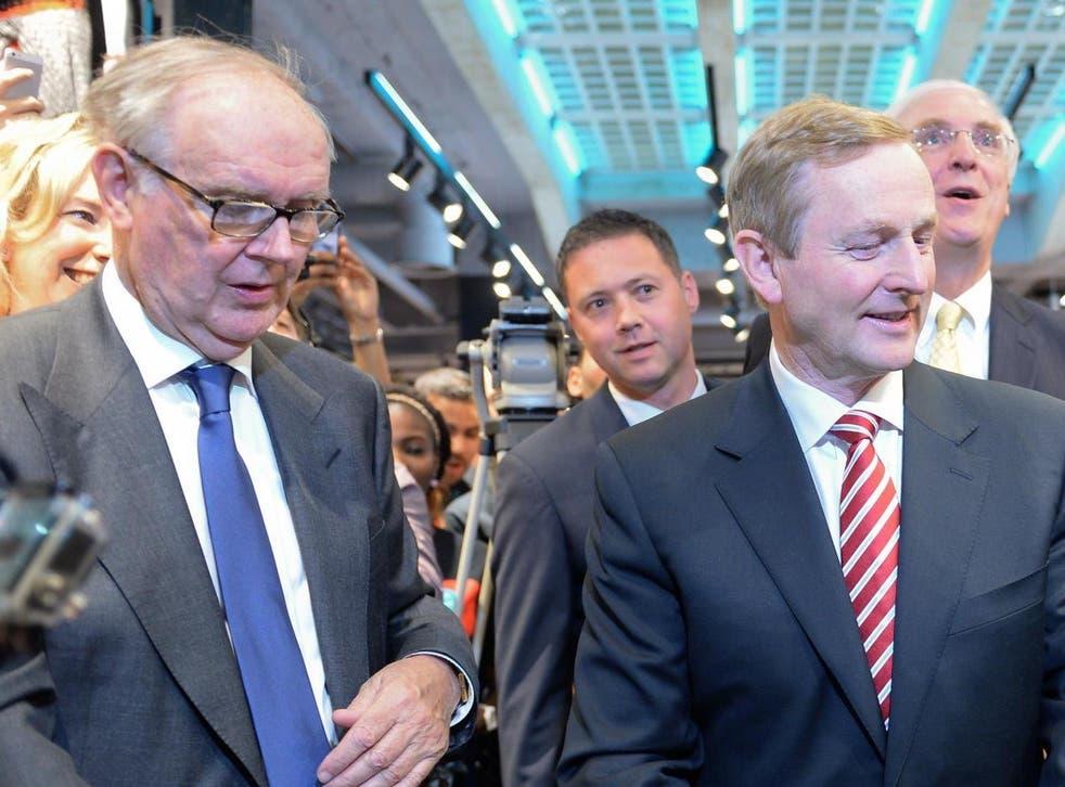 Arthur Ryan (left) with former Irish prime minister Enda Kenny in 2014