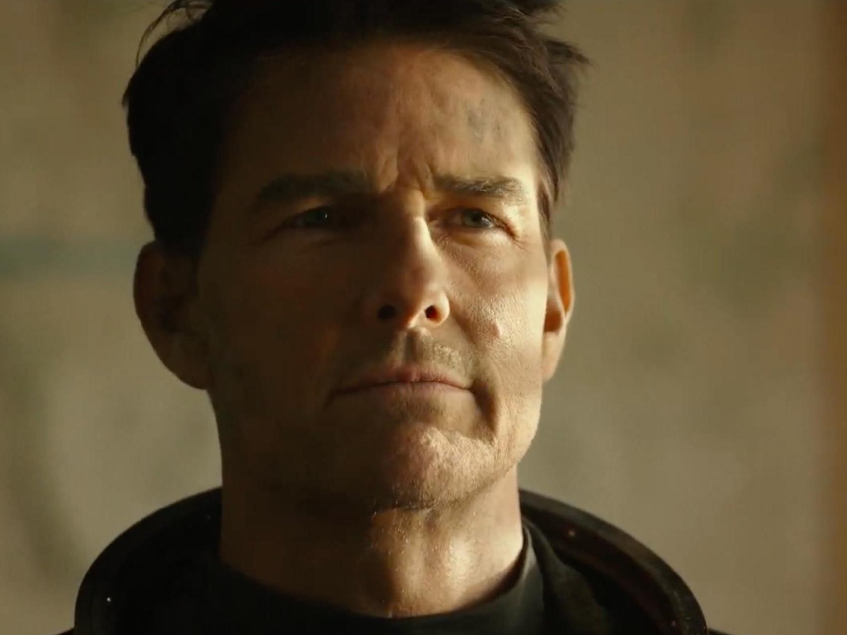 Top Gun: Maverick trailer introduced by Tom Cruise at Comic-Con