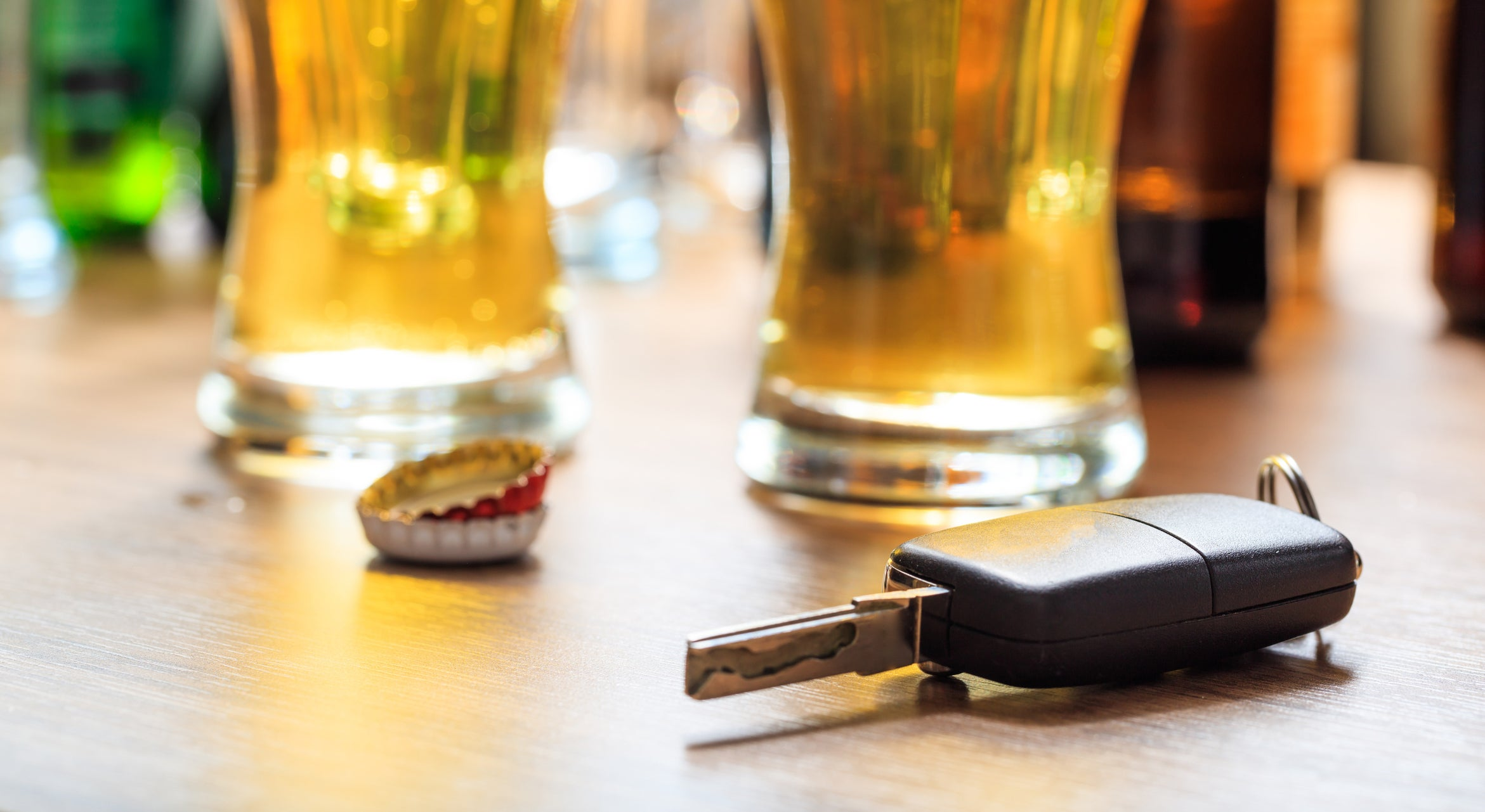 Alcohol units: How many in a glass of wine and what will fail a breathalyser test?