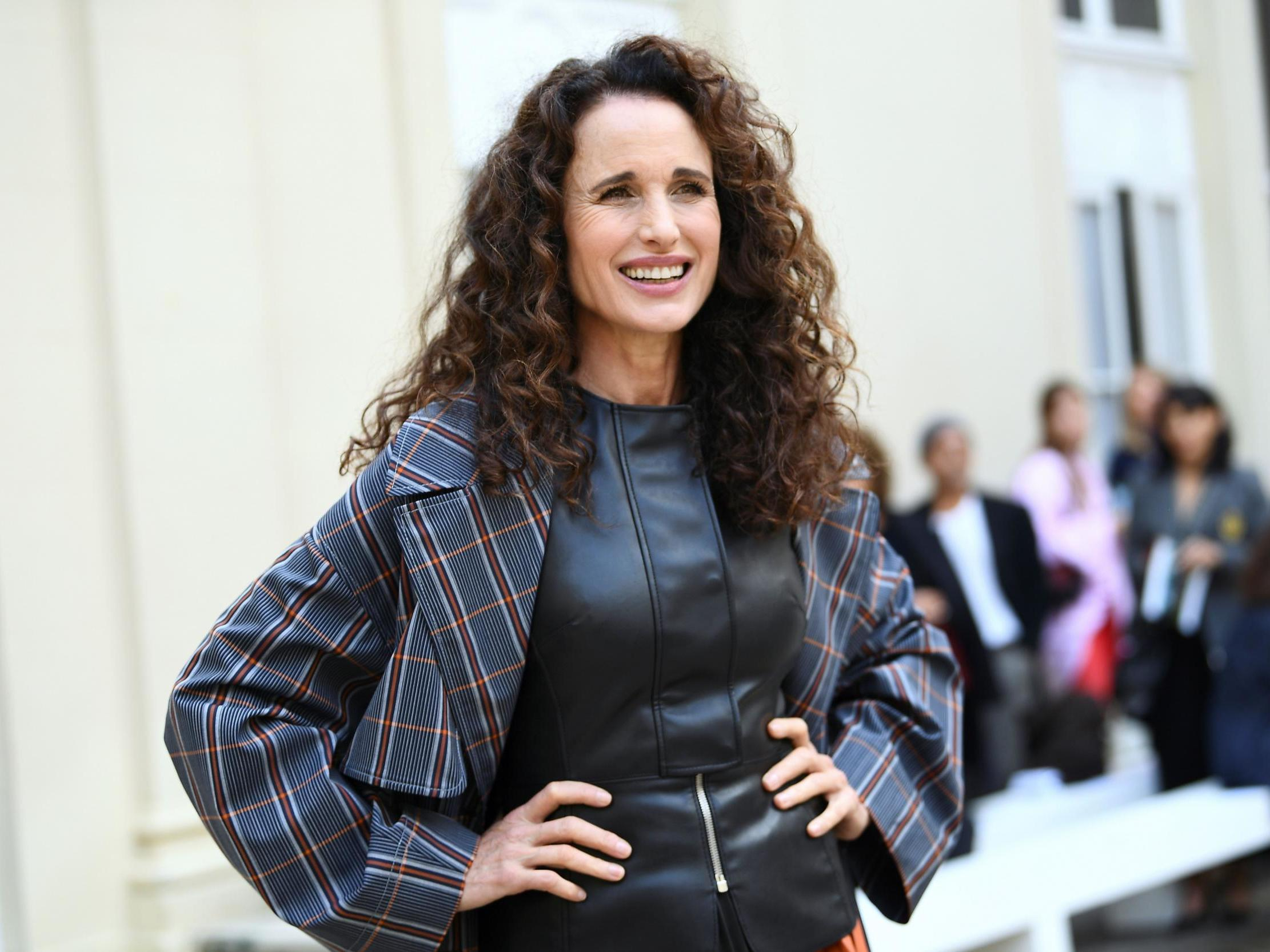 Andie Macdowell Foto i have failed at twitter': andie macdowell says social media