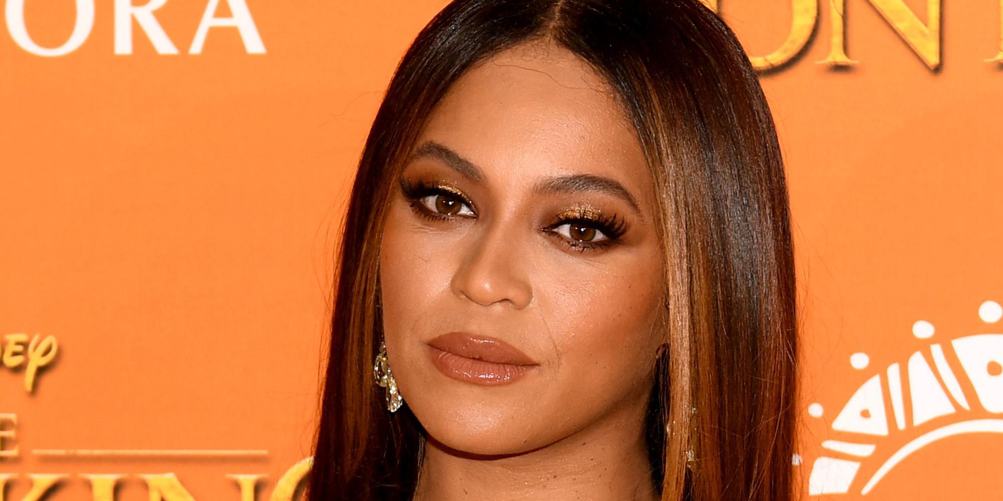 John Oliver Reveals The Beyonce Lion King Photoshop