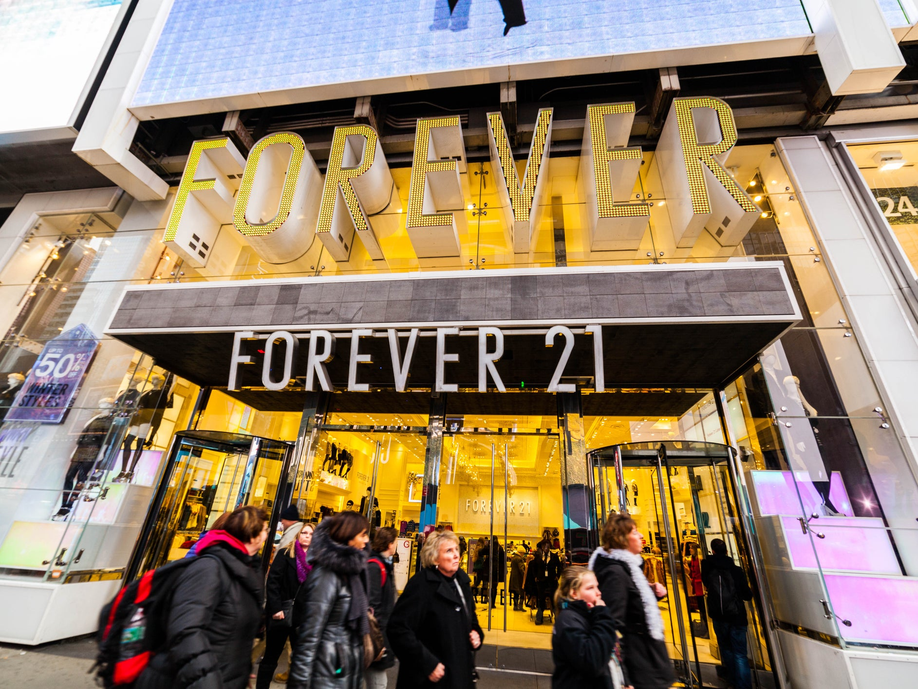 Forever 21 apologises for sending out diet bars with online orders