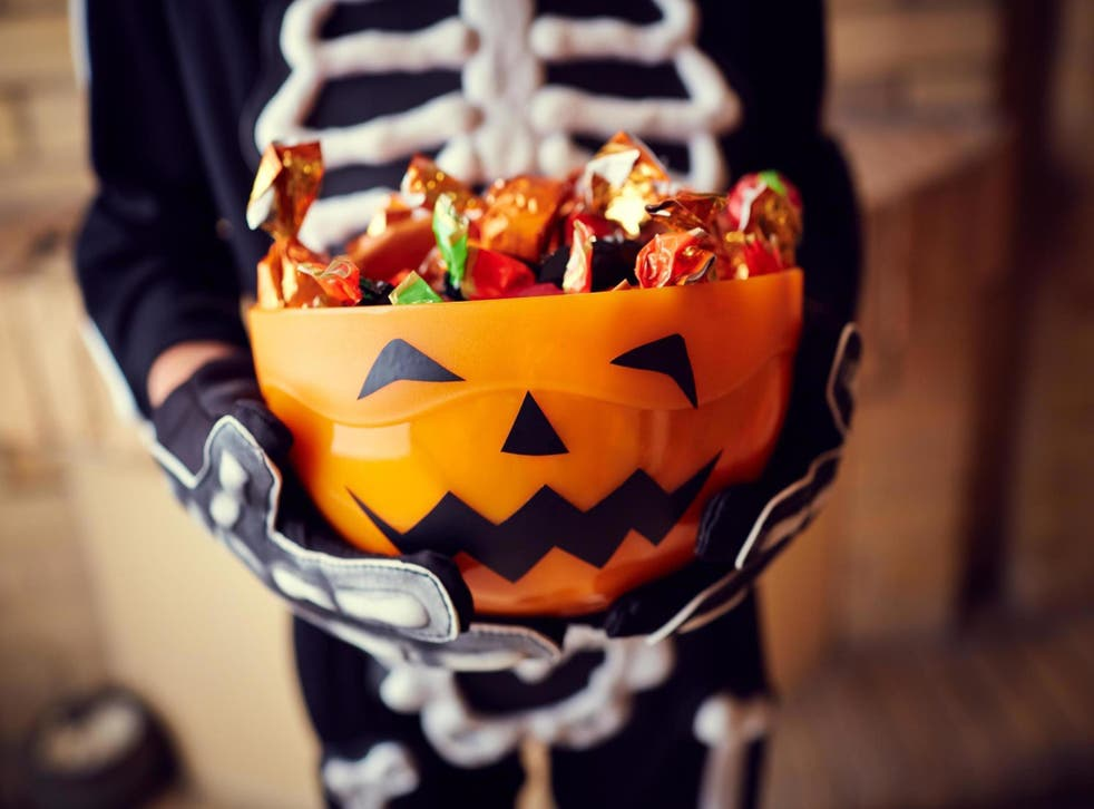 Petition to change date of Halloween receives thousands of signatures (Stock)