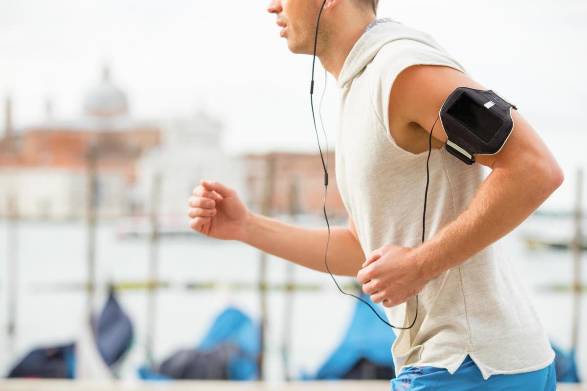 10 best fitness armbands | The Independent | The Independent