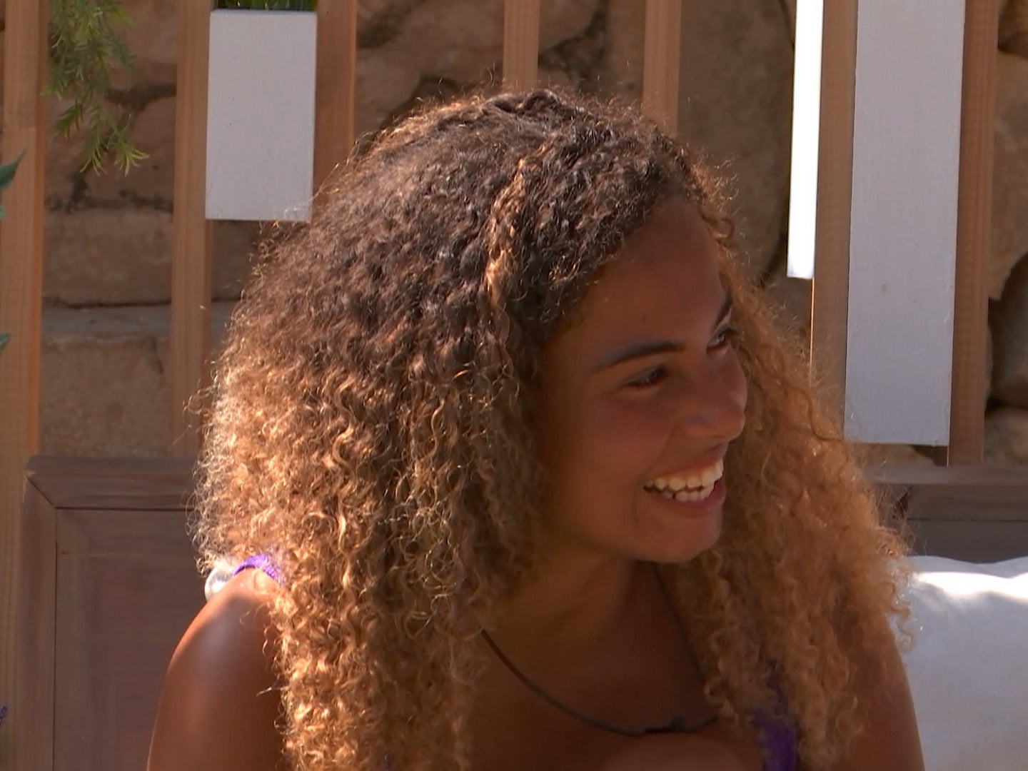 Love Island: Fans describe Greg's mother giving Amber a shamrock necklace as 'purest moment ever'