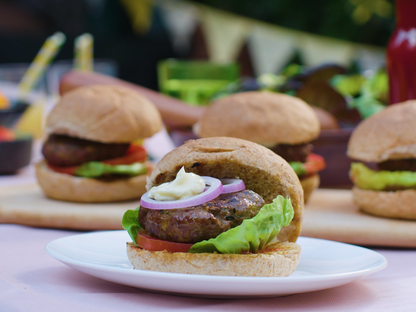 How to make the perfect Brazilian BBQ beef burger 1