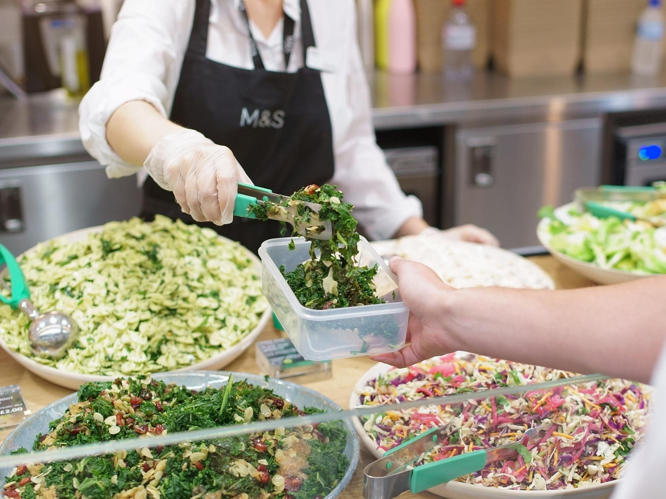 Marks & Spencer to offer discounts for customers who bring their own containers 1