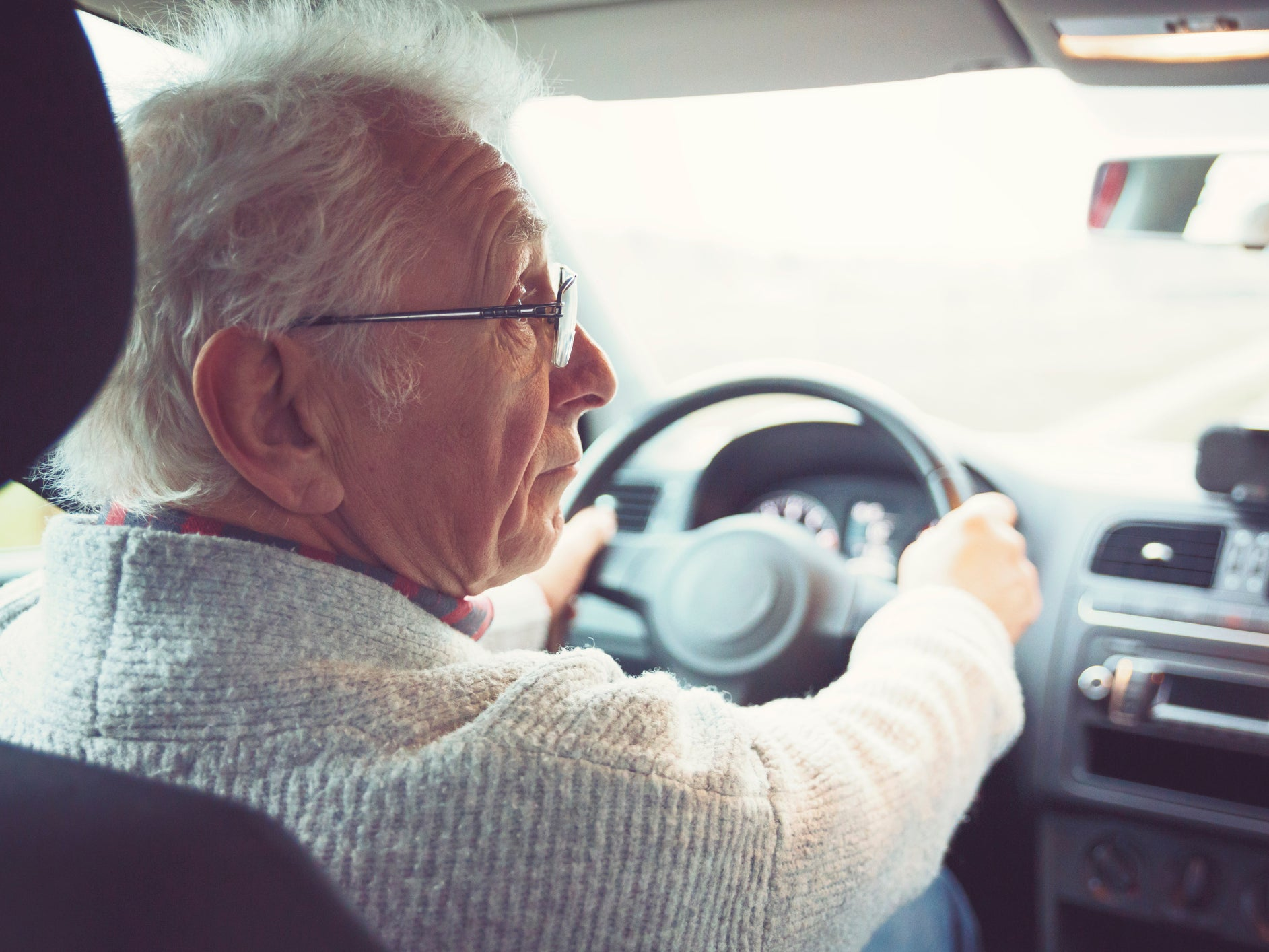 Drivers over 70 may have to take compulsory eyesight tests in future