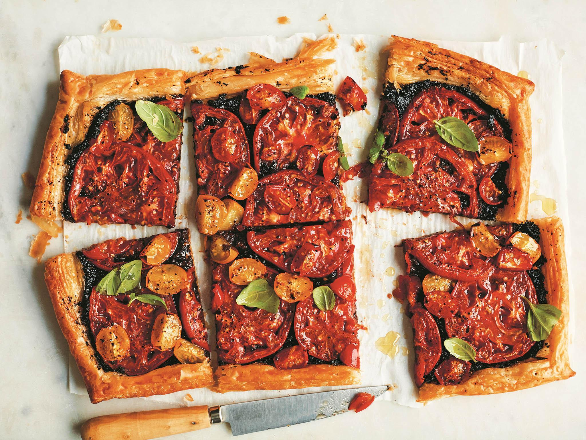 How to make tomato and tapenade tart 1