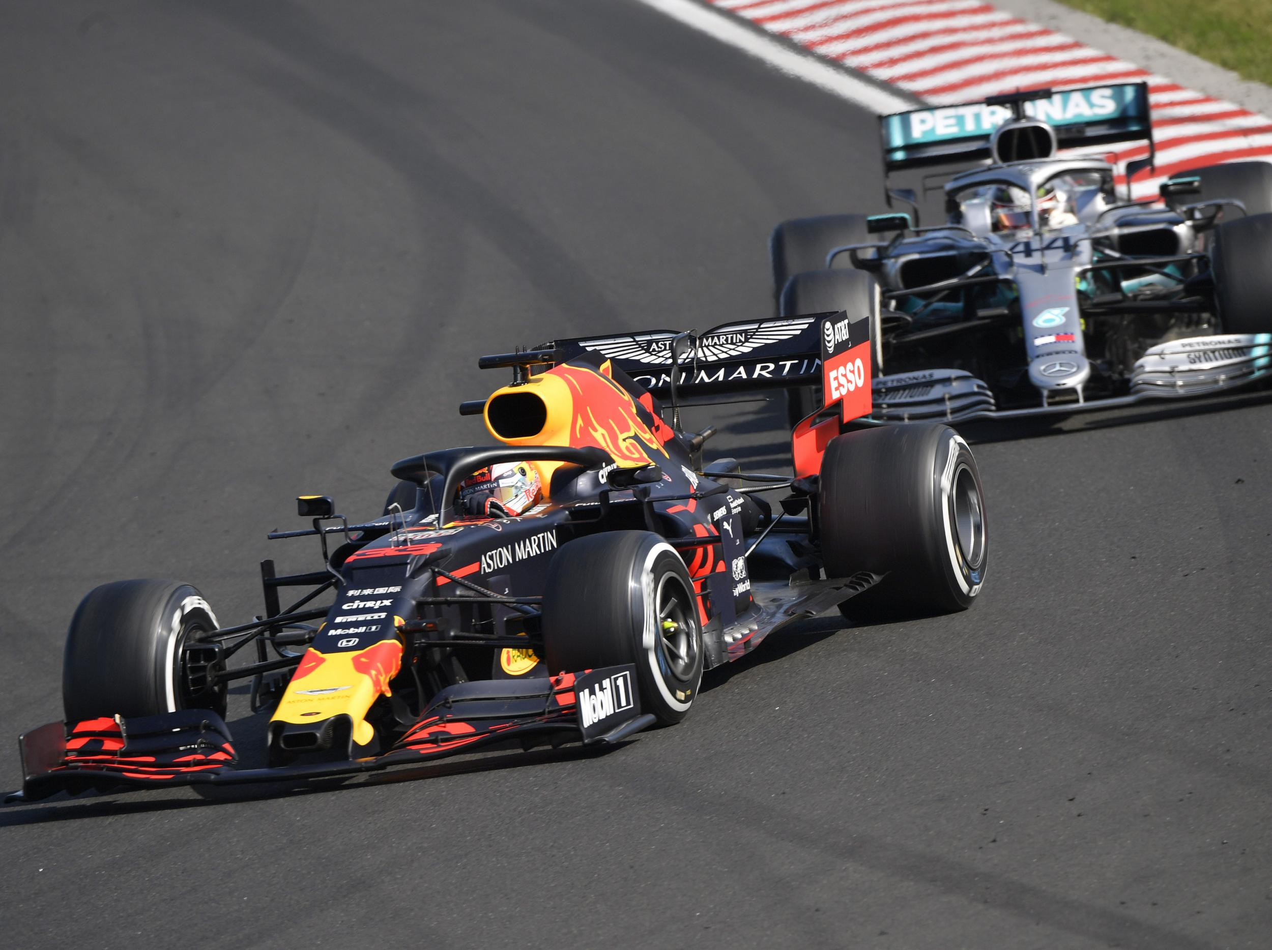 F1: Hamilton overtakes Verstappen on last lap to win Hungarian GP