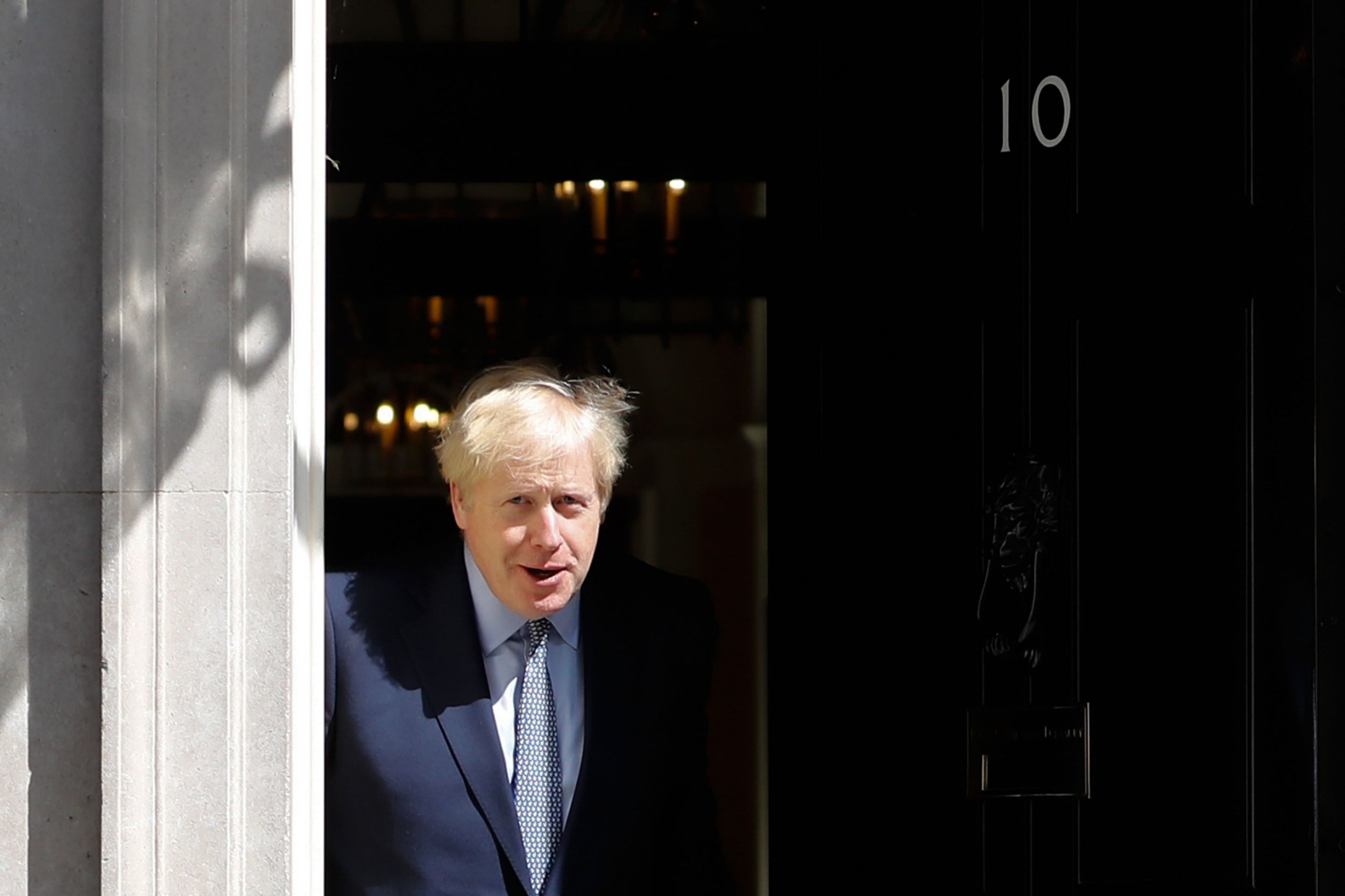 Boris Johnson news – live: Speaker vows to stop PM forcing through no-deal Brexit by suspending parliament, as Hammond launches savage attack on No 10