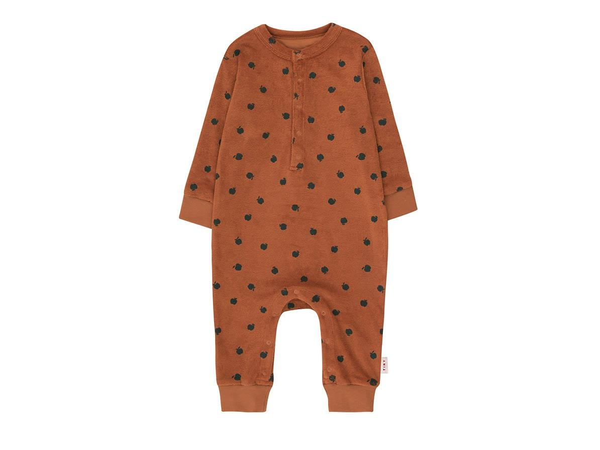 Best brands for gender-neutral baby clothes that deliver on