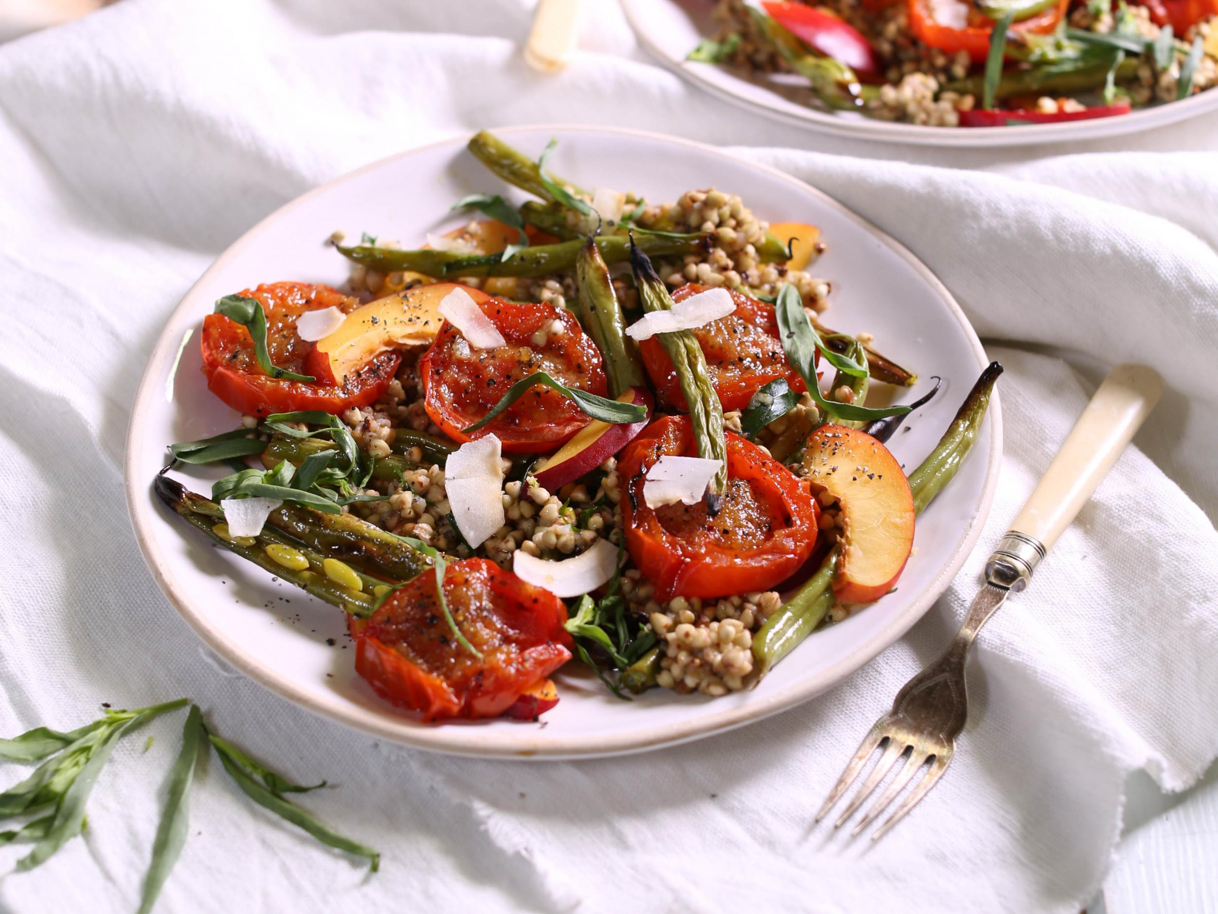 How to make gingered tomato, French bean and nectarine salad 1