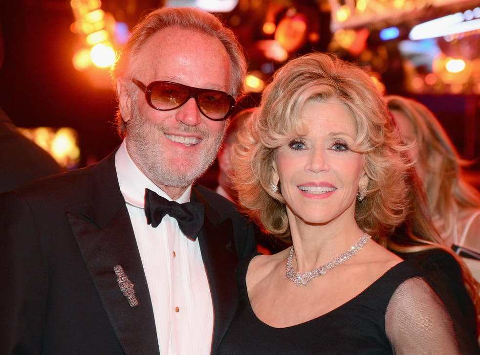 Peter Fonda Dead Jane Fonda Leads Tributes To Easy Rider Star The Independent The Independent