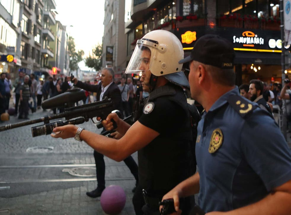 Turkish police use plastic bullets against protesters during a pro-Kurdish party rally in Istanbul