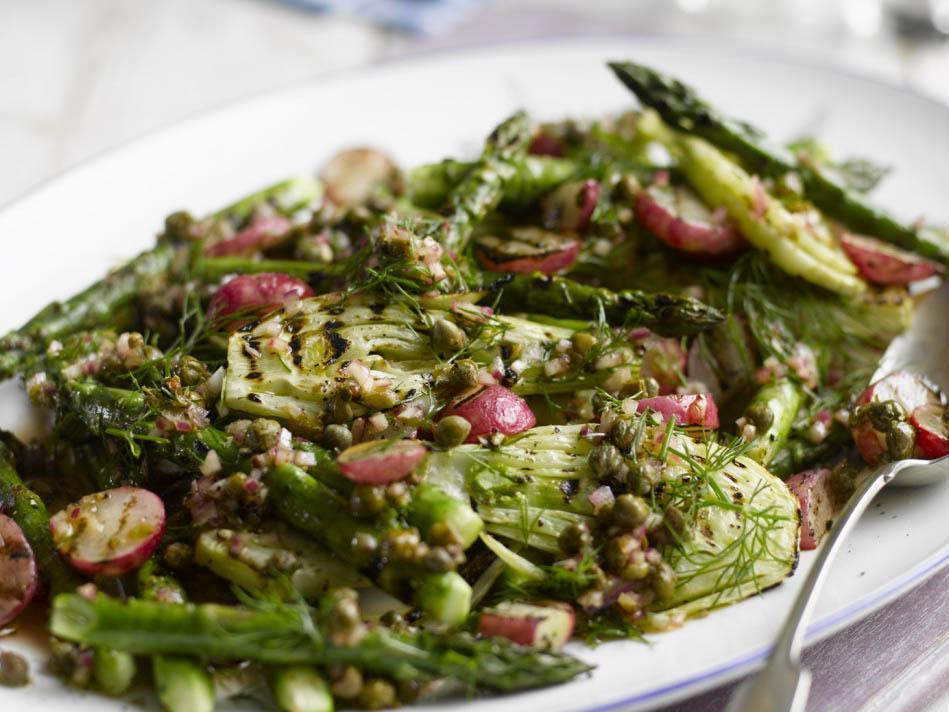 How to make grilled radish, fennel and asparagus salad 1