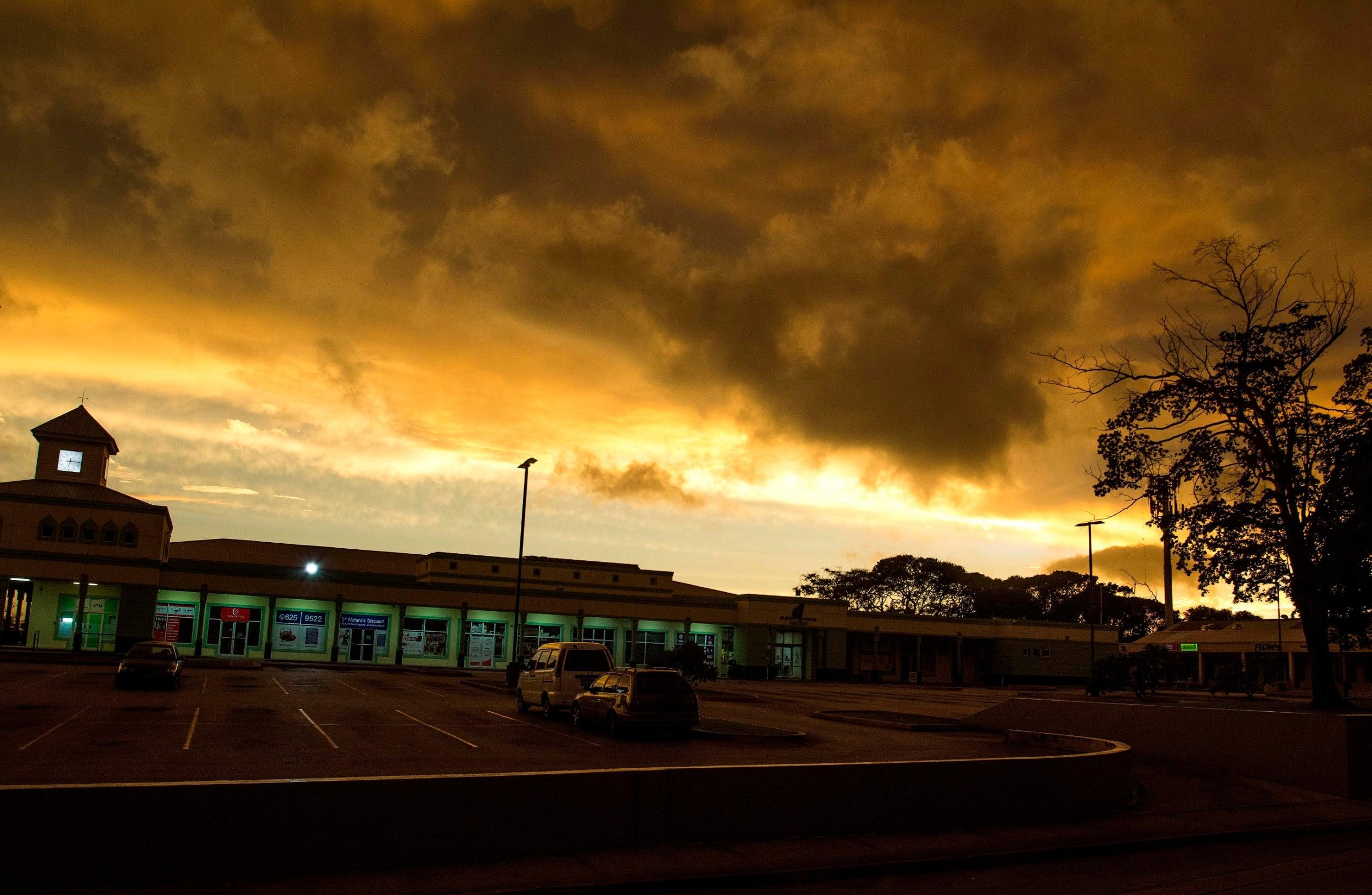 Hurricane Dorian set to pummel Florida after cutting power