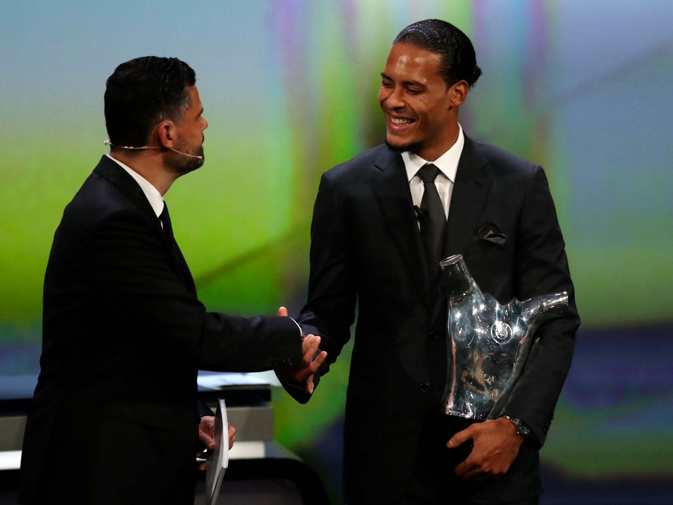Virgil Van Dijk Wins Uefa Men S Player Of The Year Award After Beating Cristiano Ronaldo And Lionel Messi The Independent The Independent