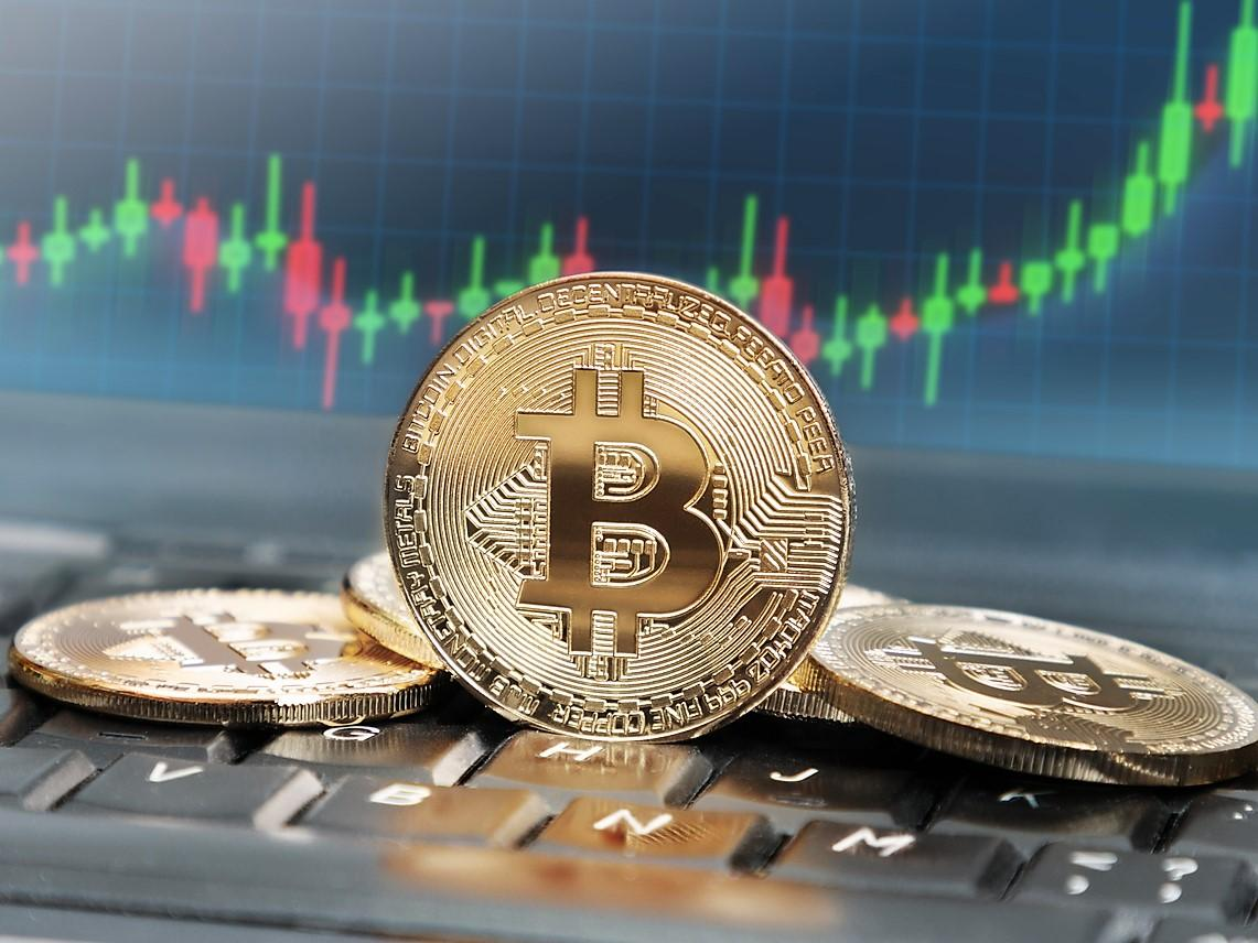 Bitcoin price rises as Google searches for 'btc' hit record-high levels