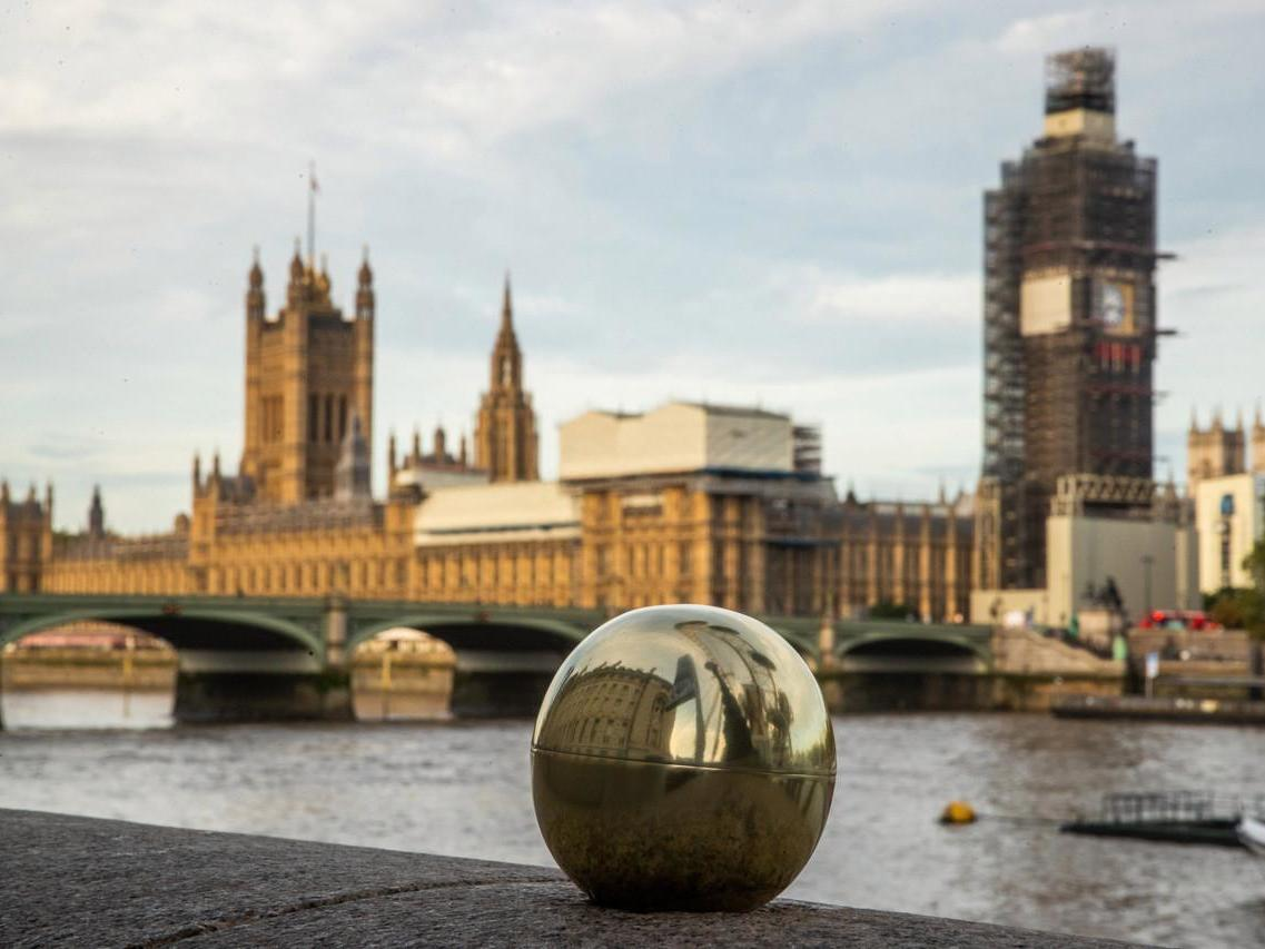 Pizza Express treasure hunt: Restaurant hides golden dough balls worth £50,000 across the UK 1