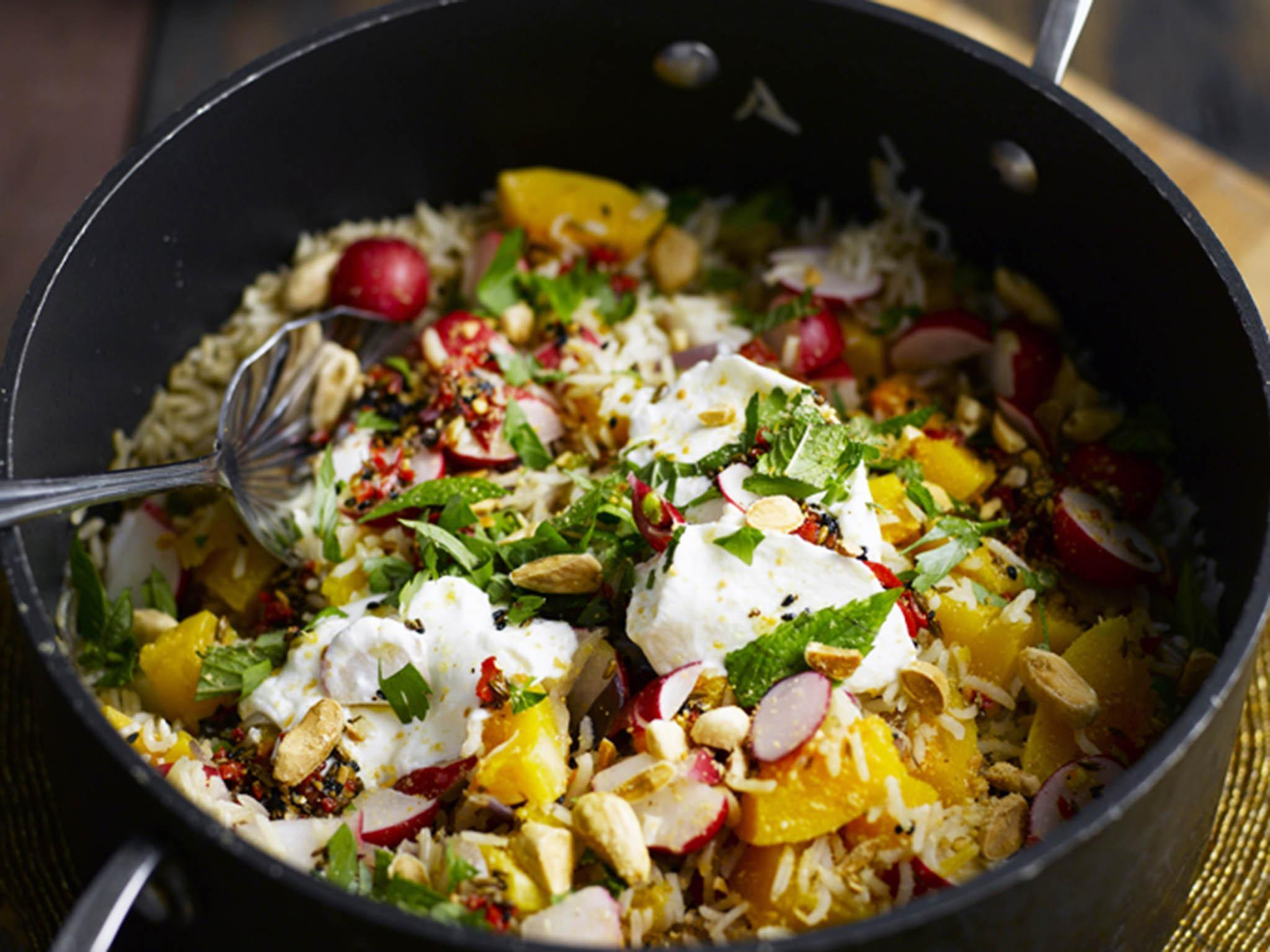 How to make pumpkin pilaf with almonds and coconut yoghurt 1