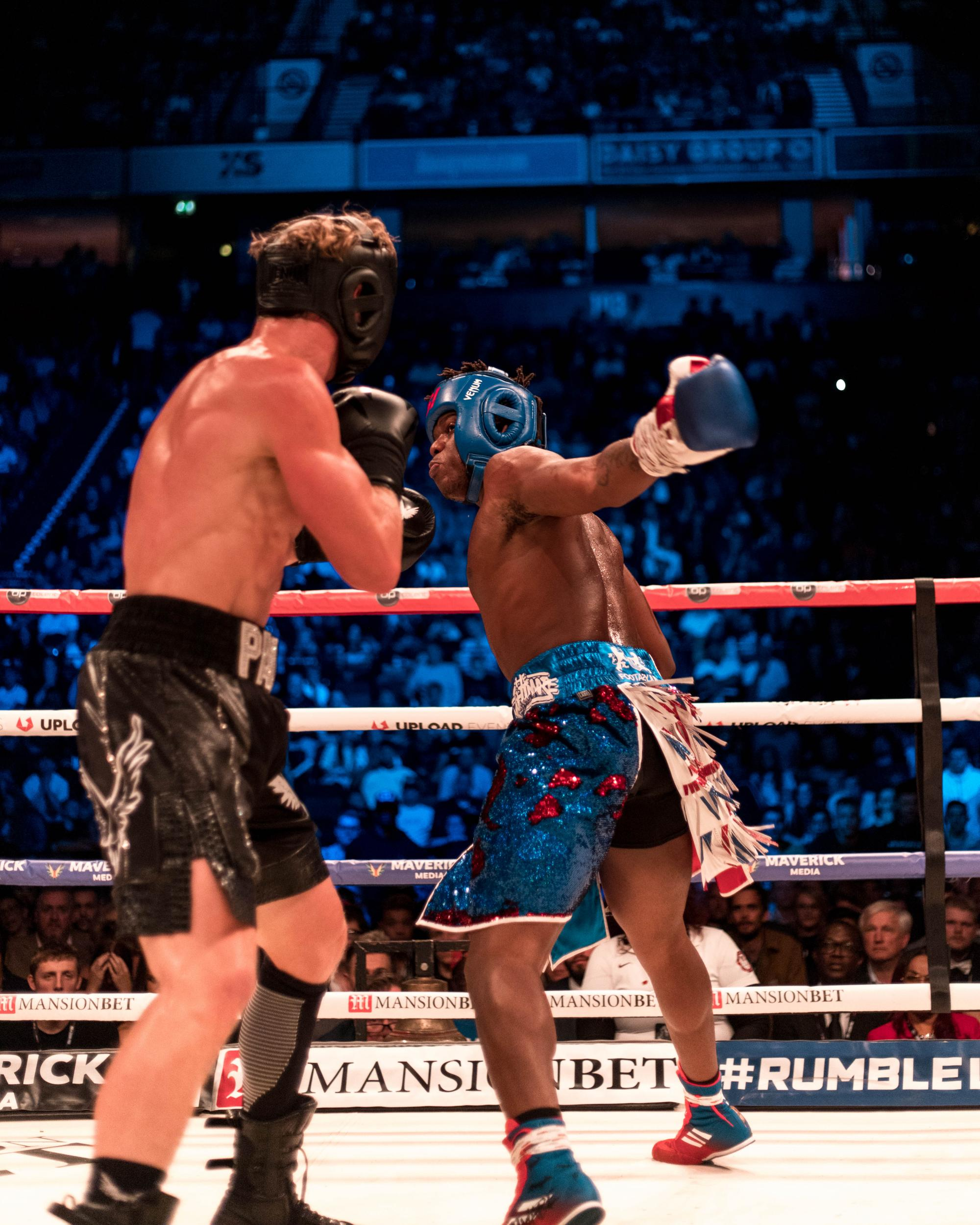 Ksi Vs Logan Paul 2 Popular You Tube Personalities Boxing: What Time Does The Fight Start Logan Paul Vs Ksi