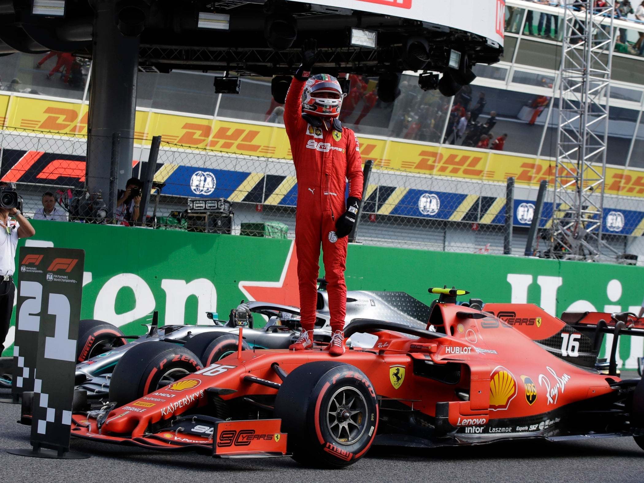 Italian Grand Prix Qualifying Charles Leclerc Takes Pole Position In Farcical Circumstances At Monza The Independent The Independent