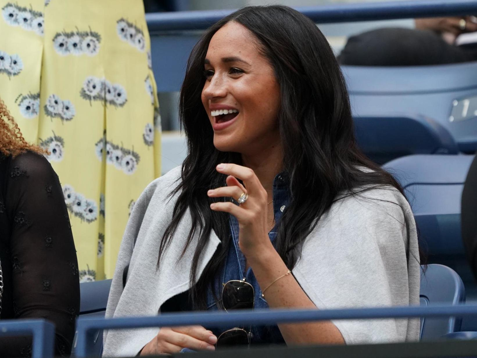 Meghan Markle supports Serena Williams in the US Open Finals wearing all-American denim dress