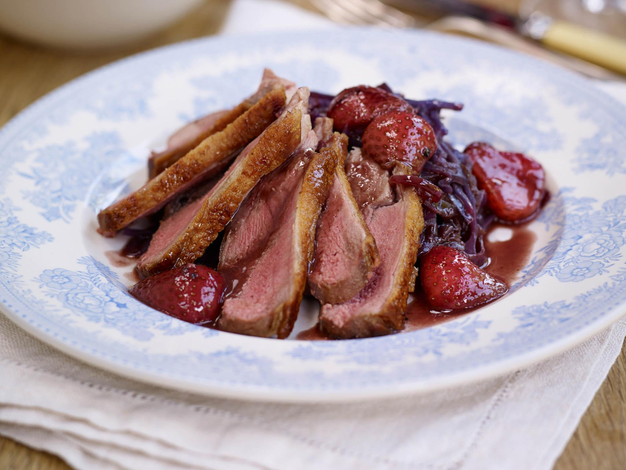 How to make pan roasted duck with braised cabbage
