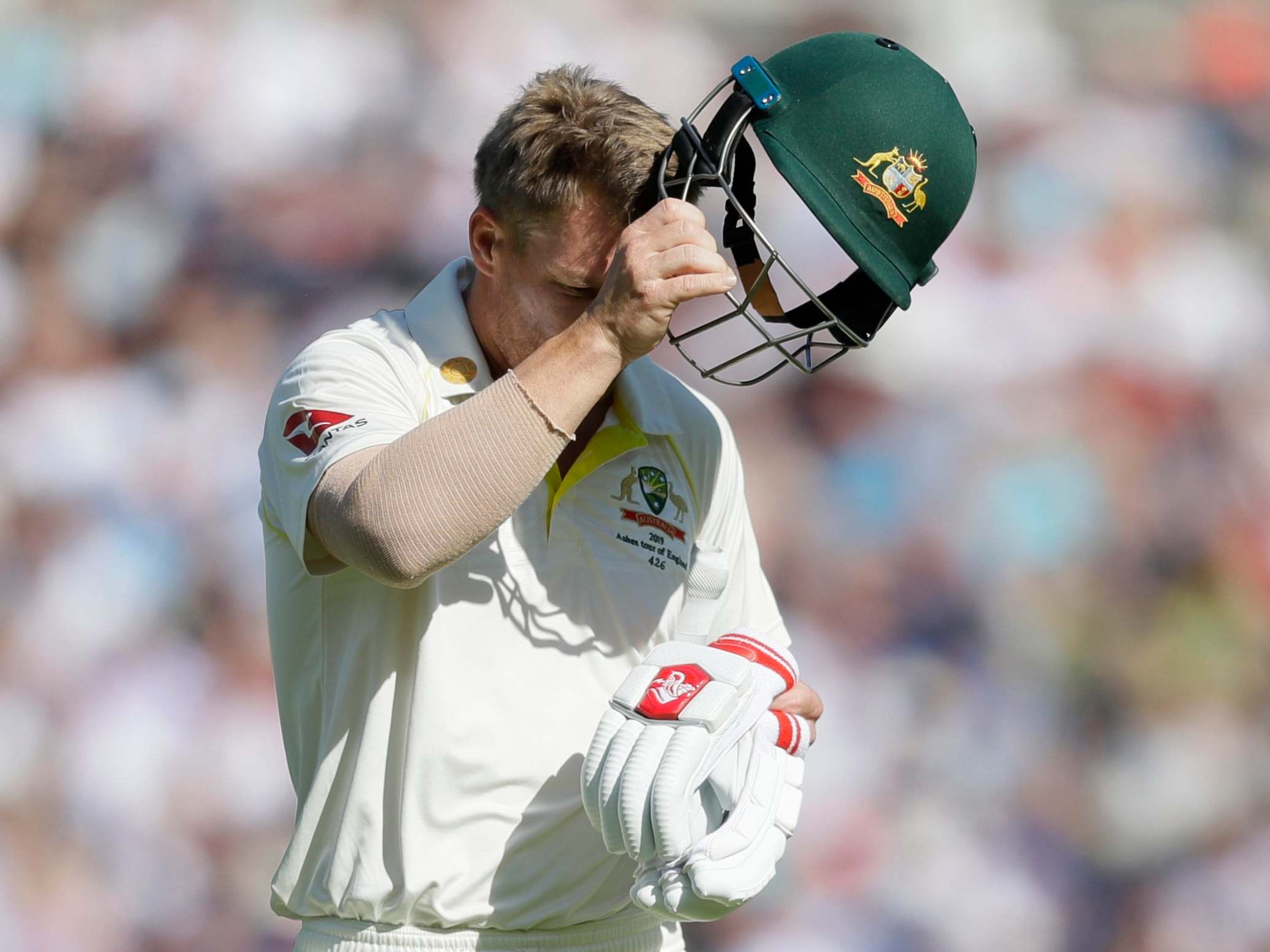 Justin Langer explains why David Warner struggled during the Ashes