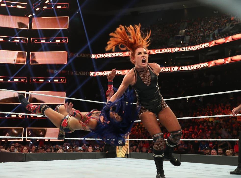Becky Lynch takes down Sasha Banks
