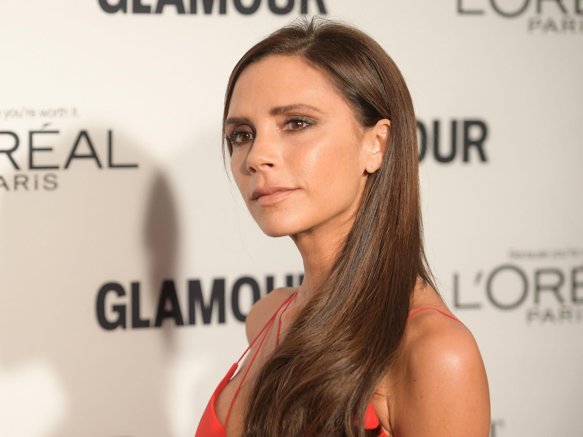 Victoria Beckham says she was 'mentally and physically' bullied at s…