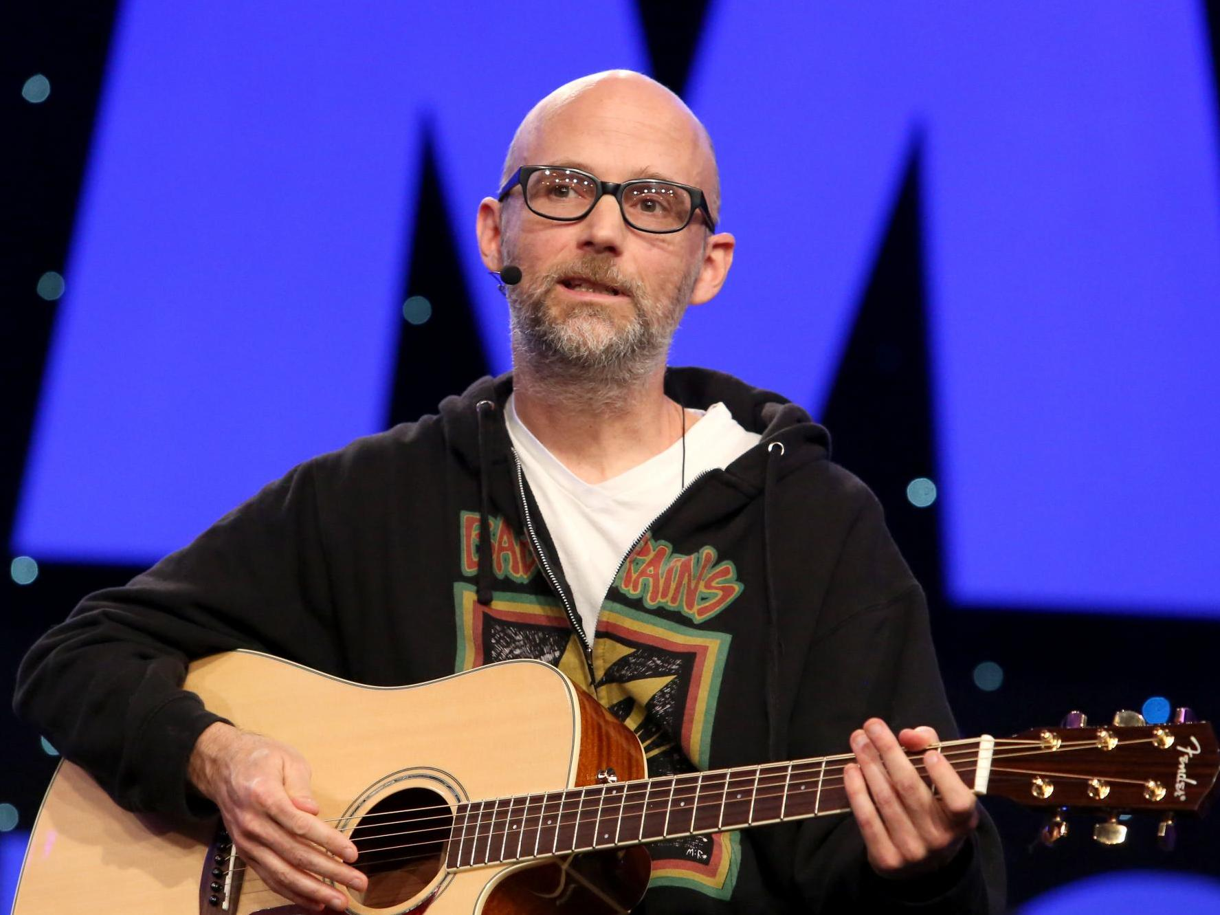 Moby gets 'vegan for life' tattooed on his neck